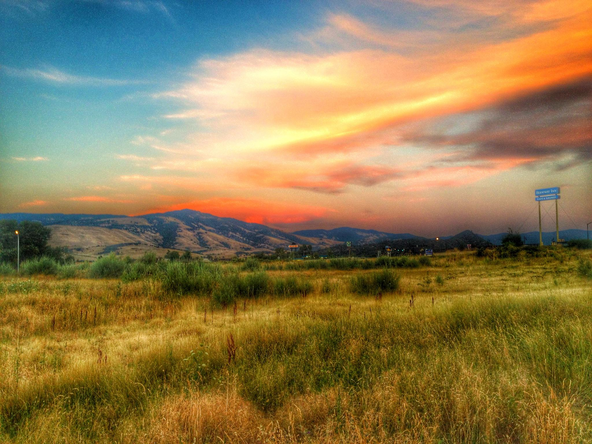 Photo in Landscape #sunset #landscape #beautiful #colorful #peaceful #mountains