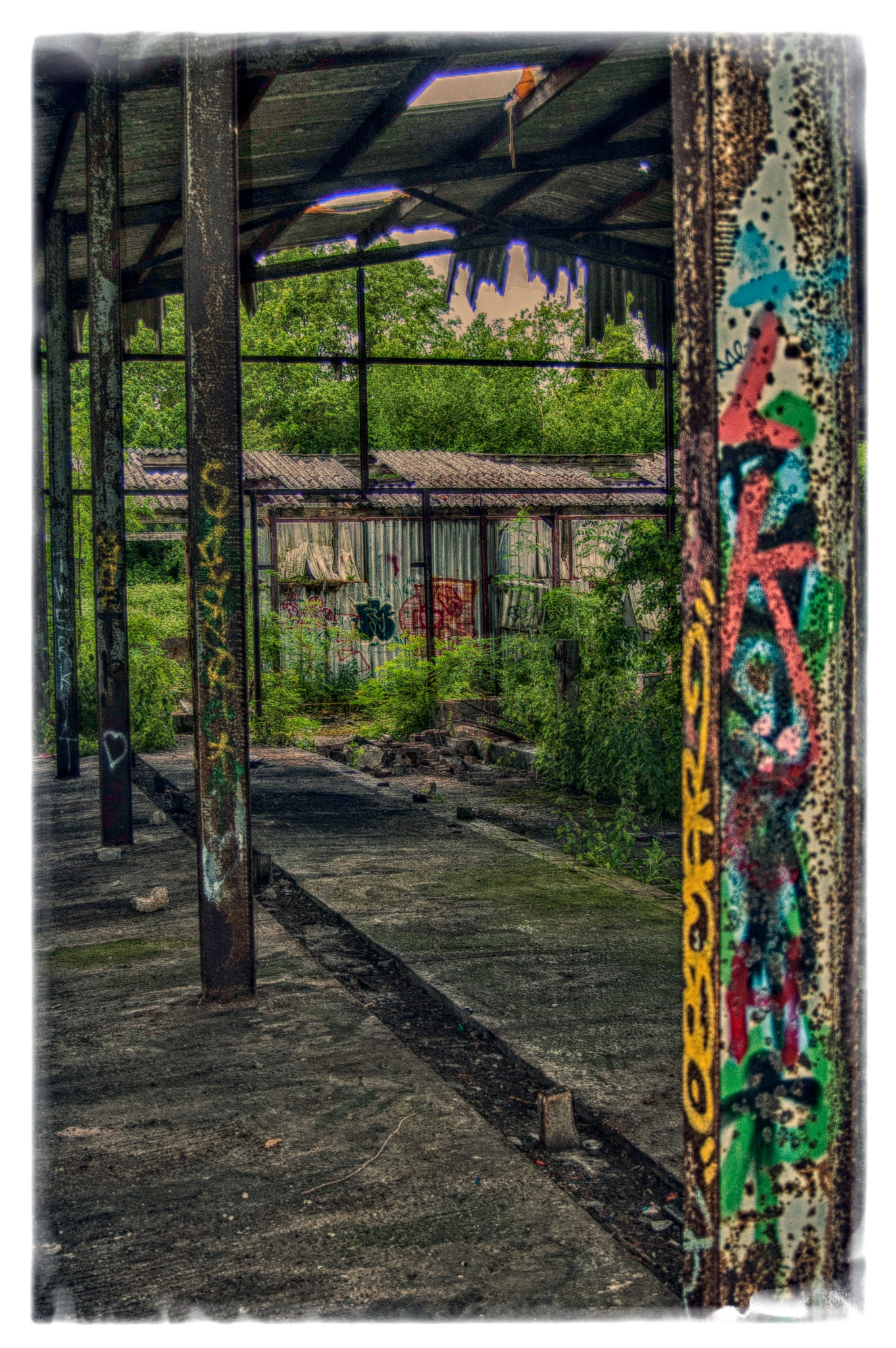 Graffiti Post by Ian Gardner