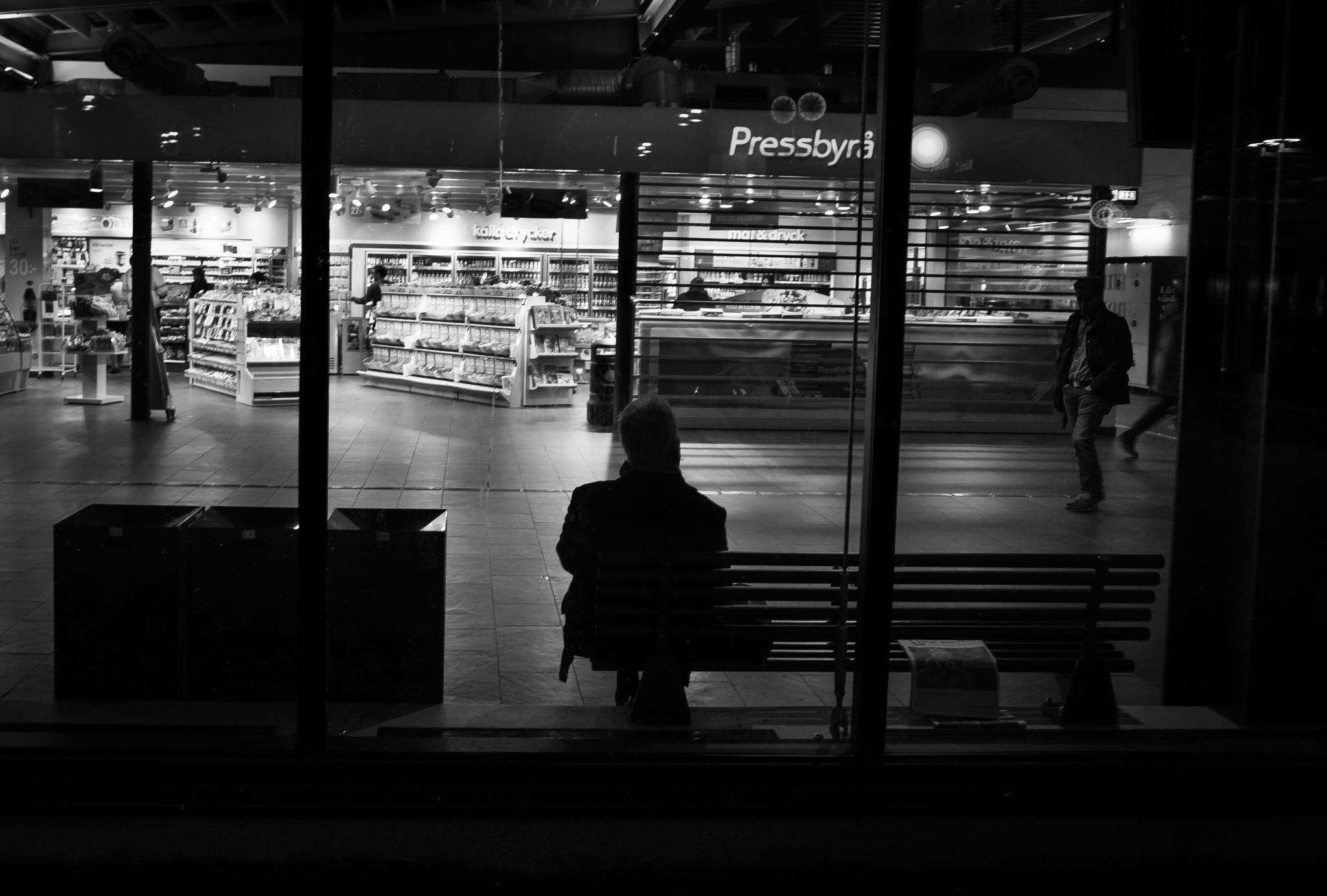Waiting by andre.haraldsson