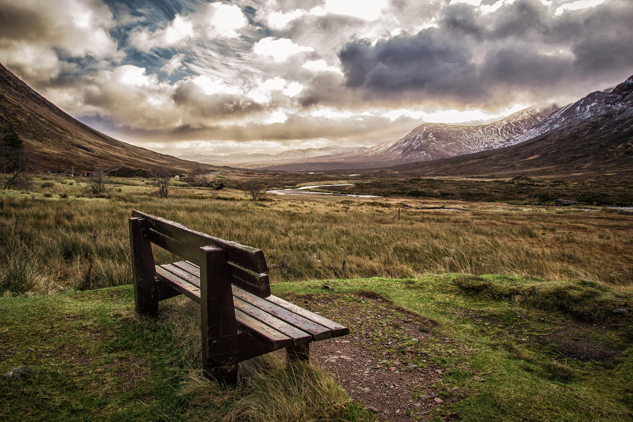 Heavens seat by Lindaprime