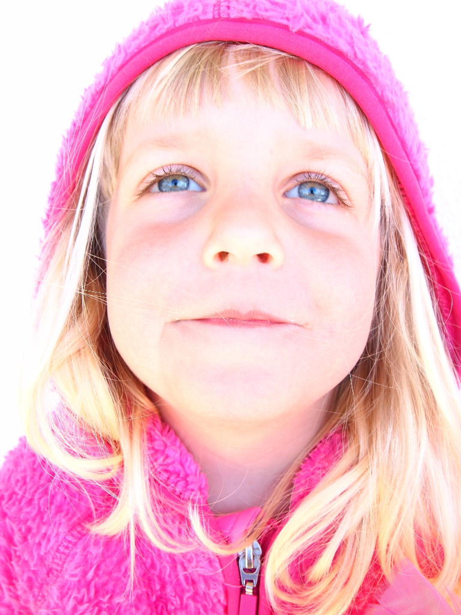 Girl in pink by synovemaria.borlaugdufva