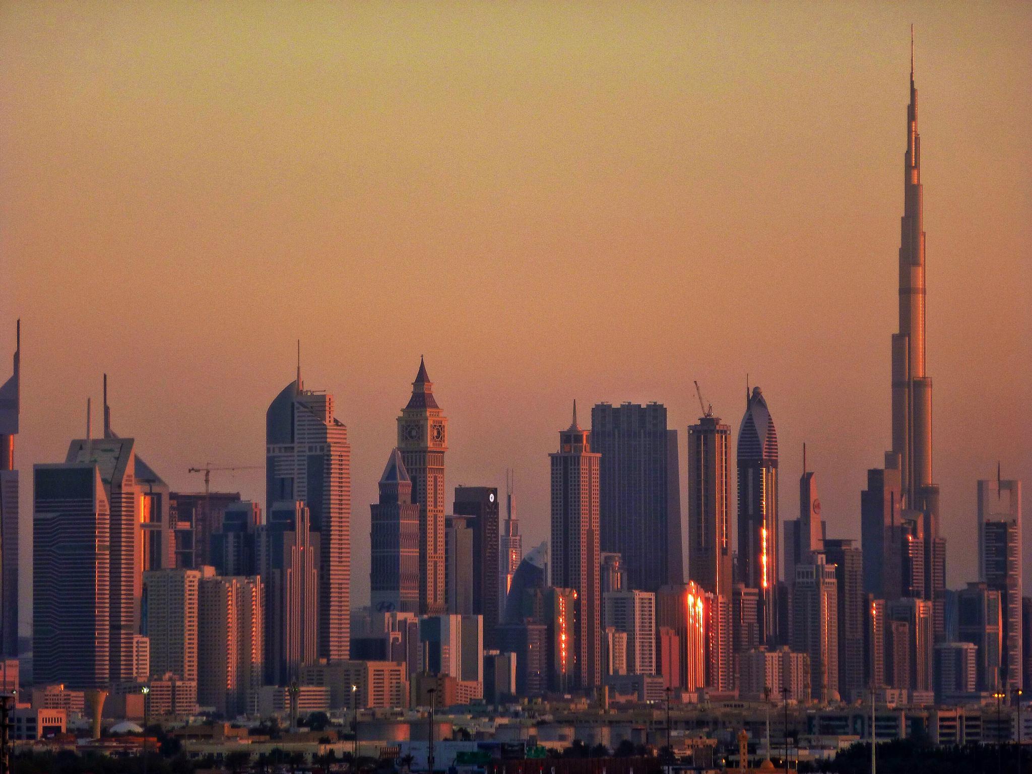 Dubai Urban landscape by stefano.giaconi.56