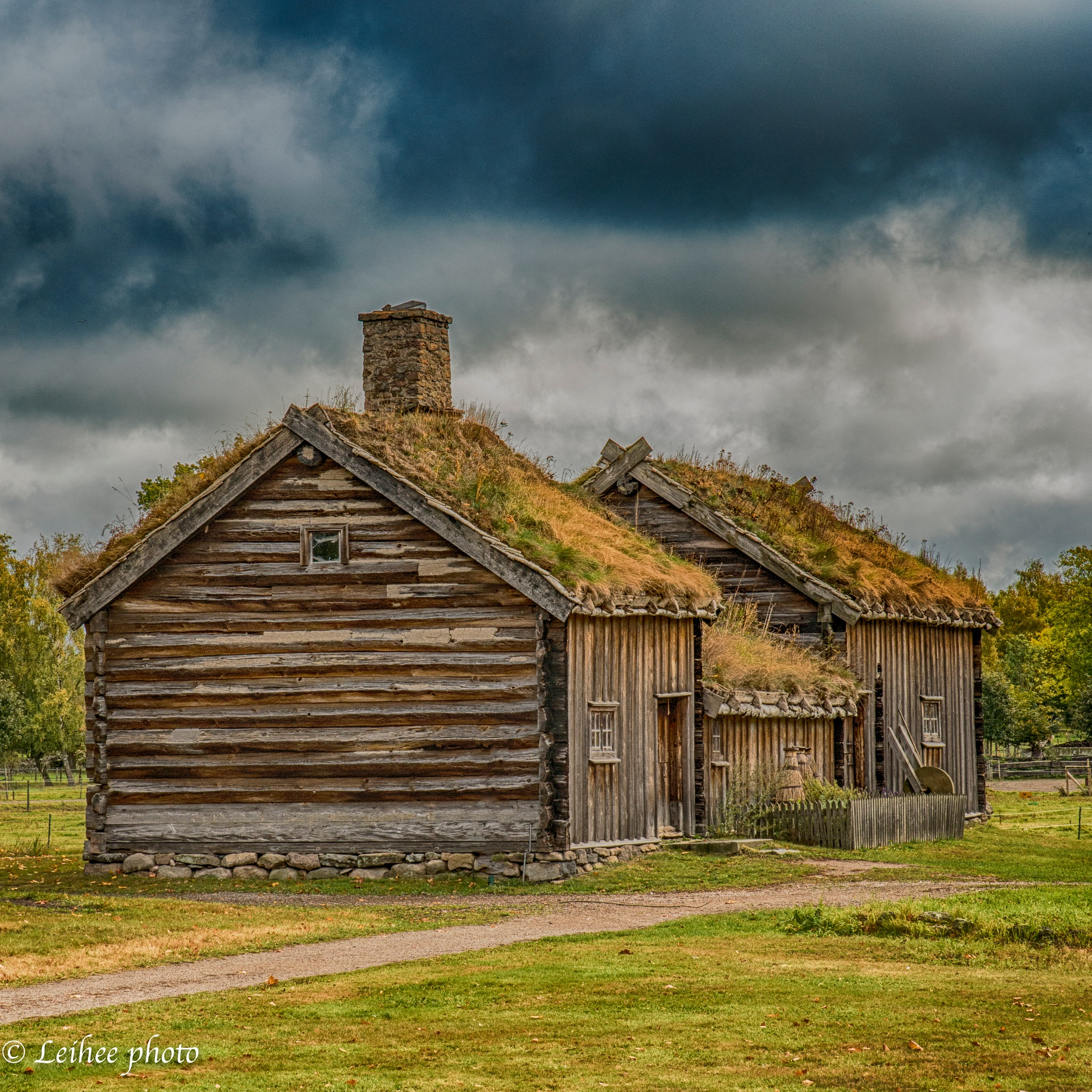 Old Farm ver. 2 by Leif Heering