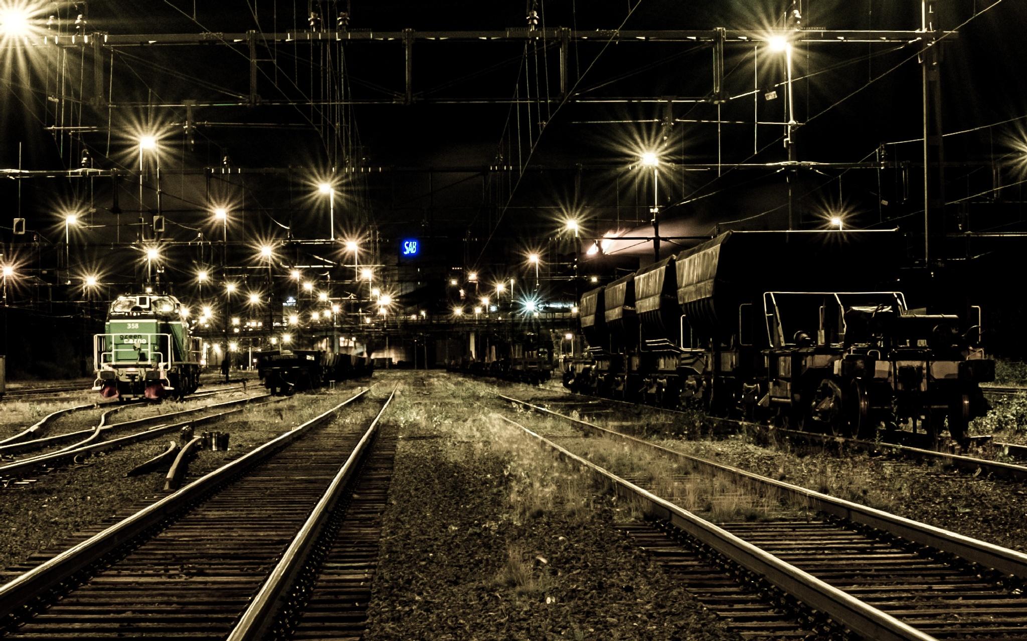 Railroad by larsolov.gardelid