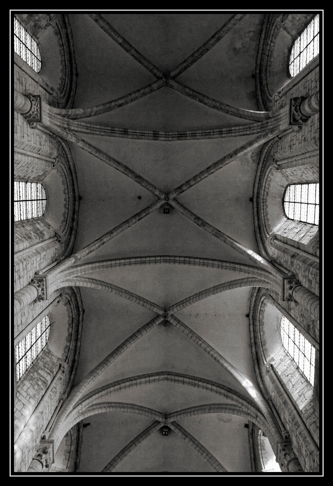 Abbaye  Saint Benoit by Paul Krylatov