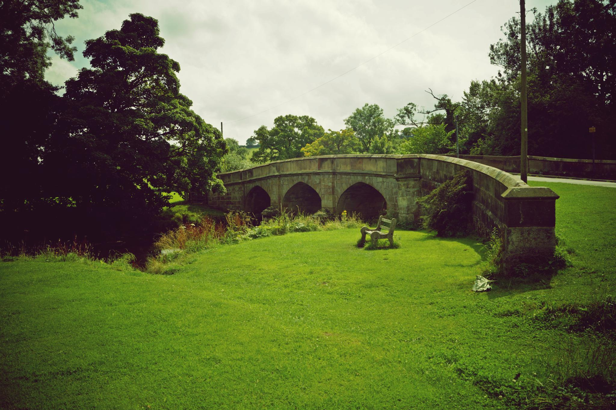 The bridge at Ilam by imurfin