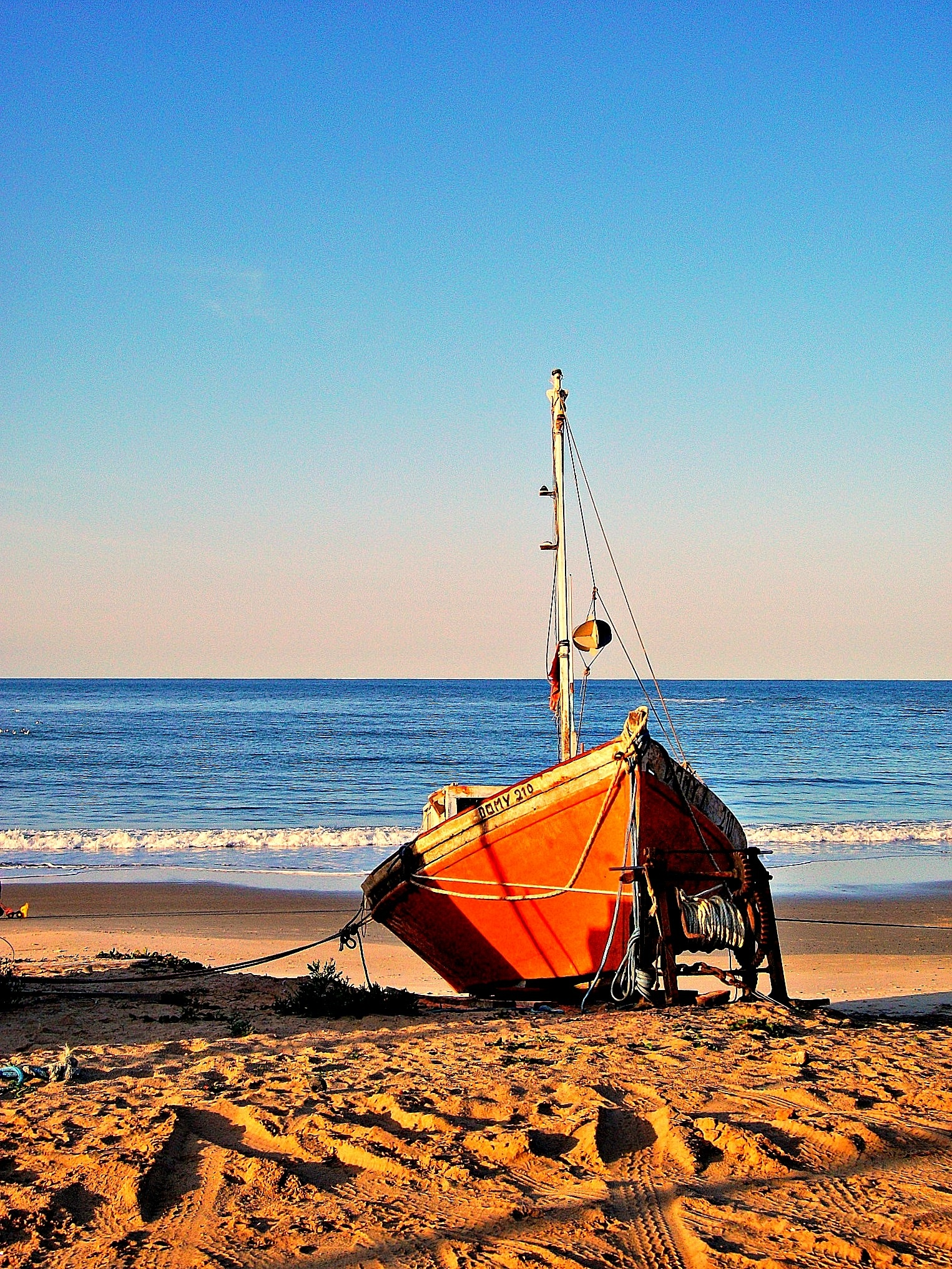 The fishing boat by maria.telegdy