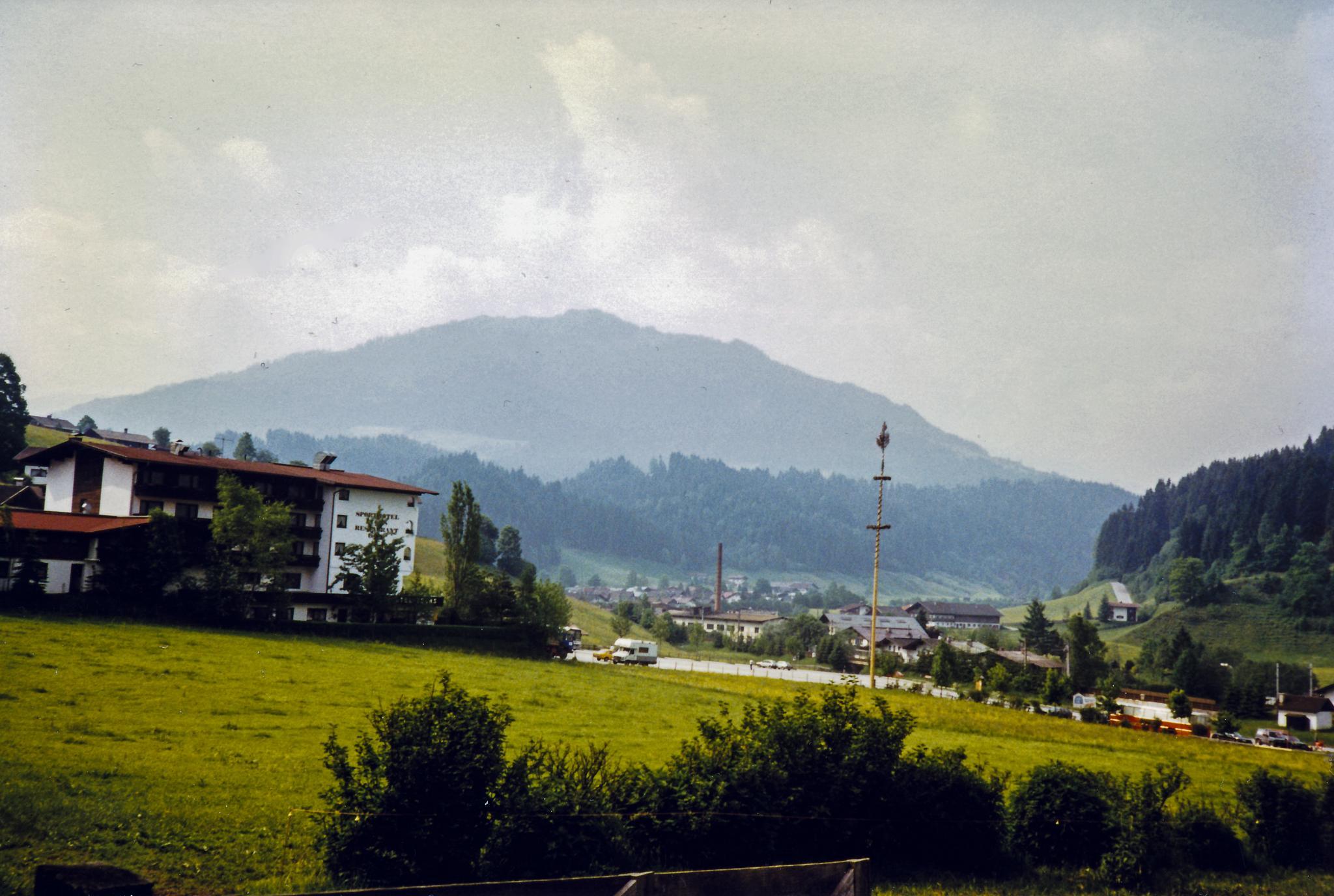 Hopfgarten in May 1990 by Carl Hult