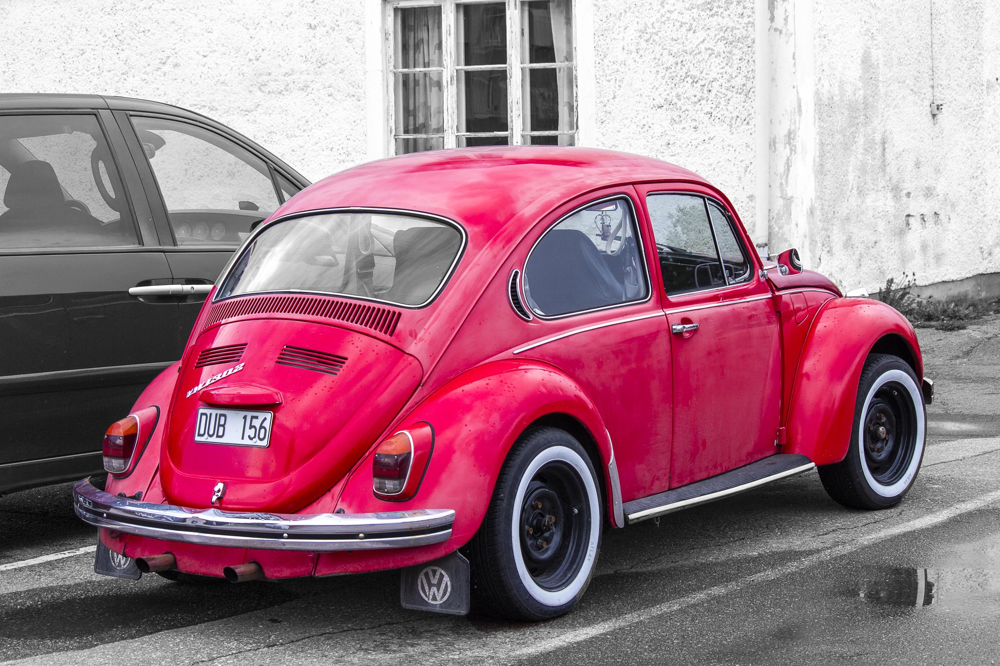 Volkswagen (Linda Persson-style) by Carl Hult