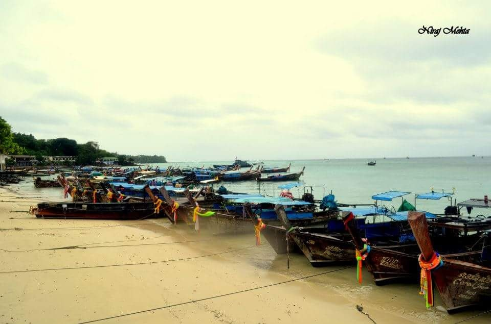 Beautiful view of Phuket beach....... by NIRAJ MEHTA