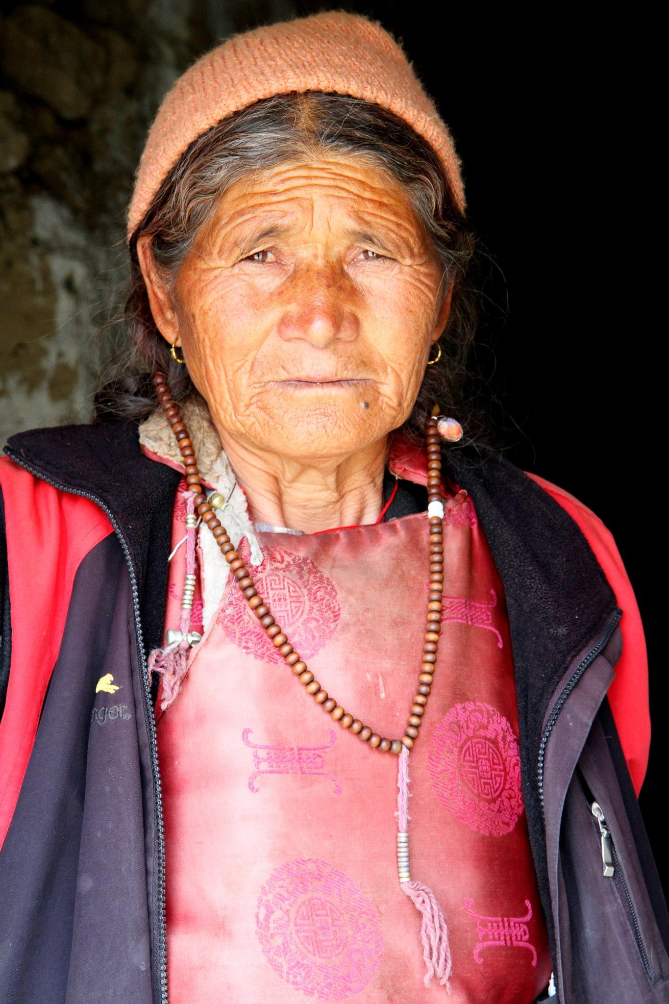 Ladakhi Old Women........... by NIRAJ MEHTA