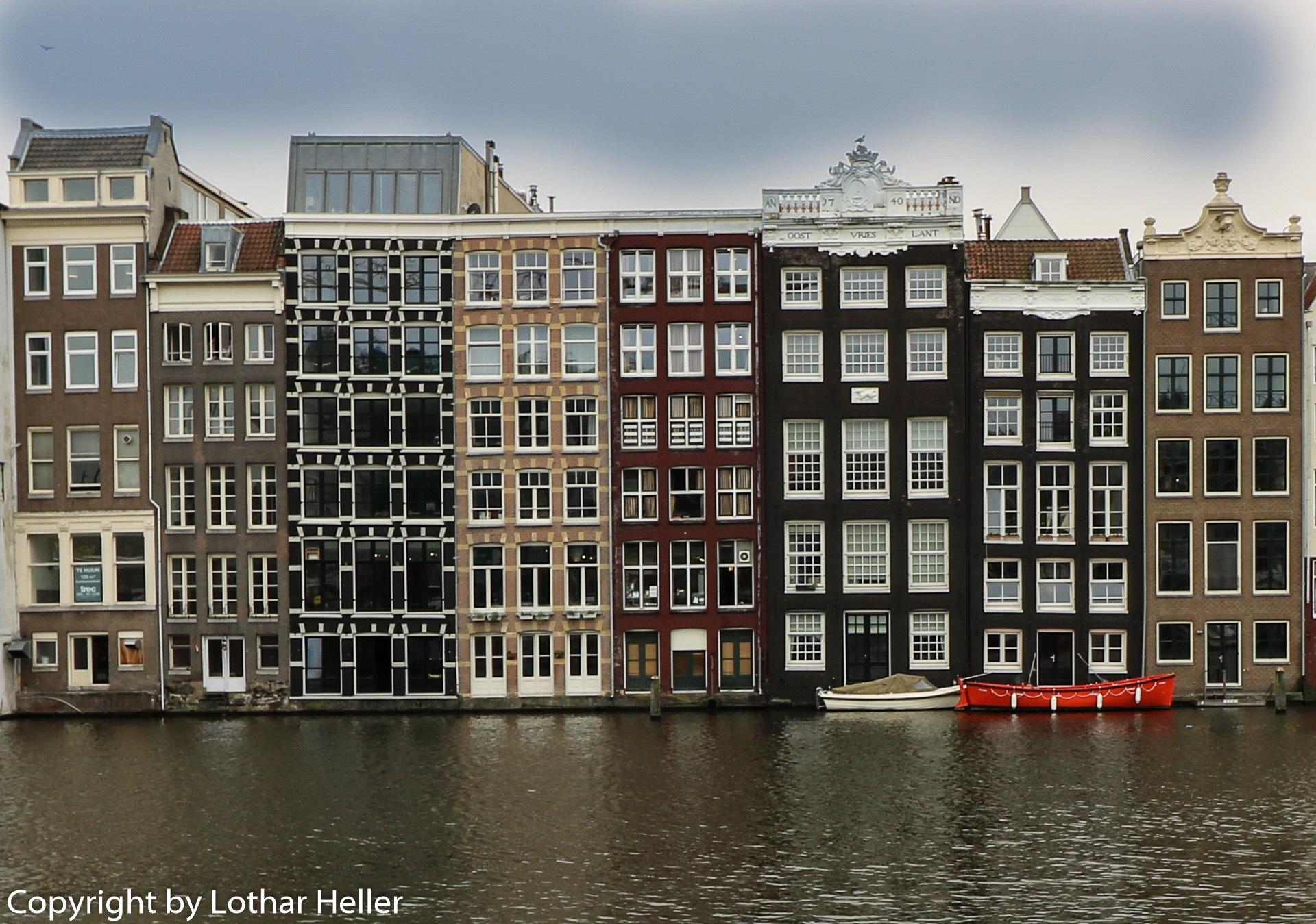 Amsterdam Houses by Lothar Heller