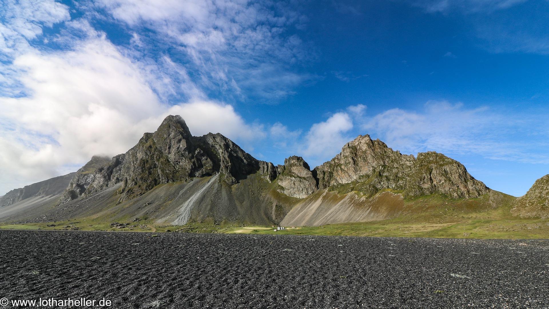 Iceland by Lothar Heller