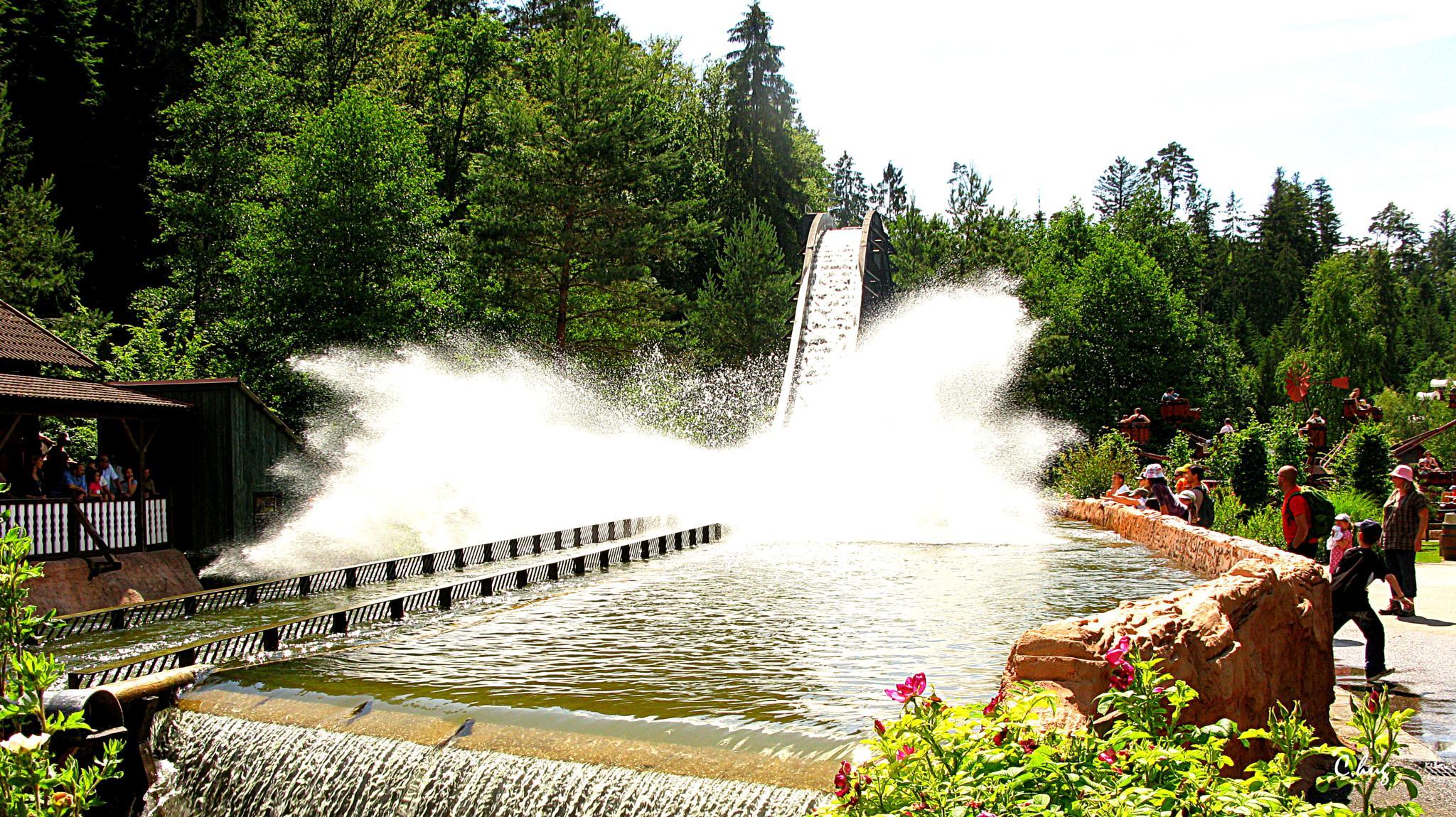 Parc d'attraction by Huguenin Claude