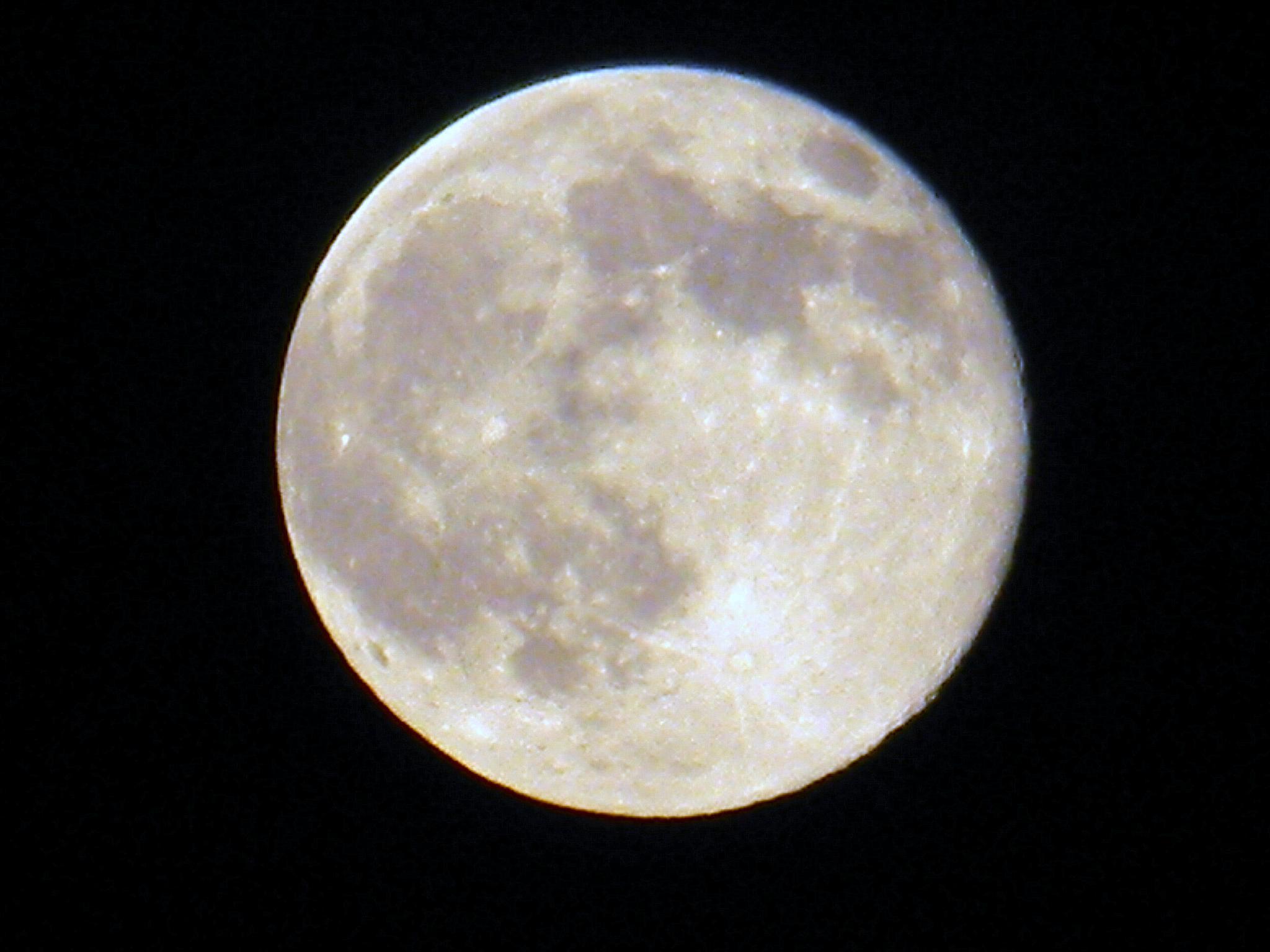 Luna-scape by Jeff Walker