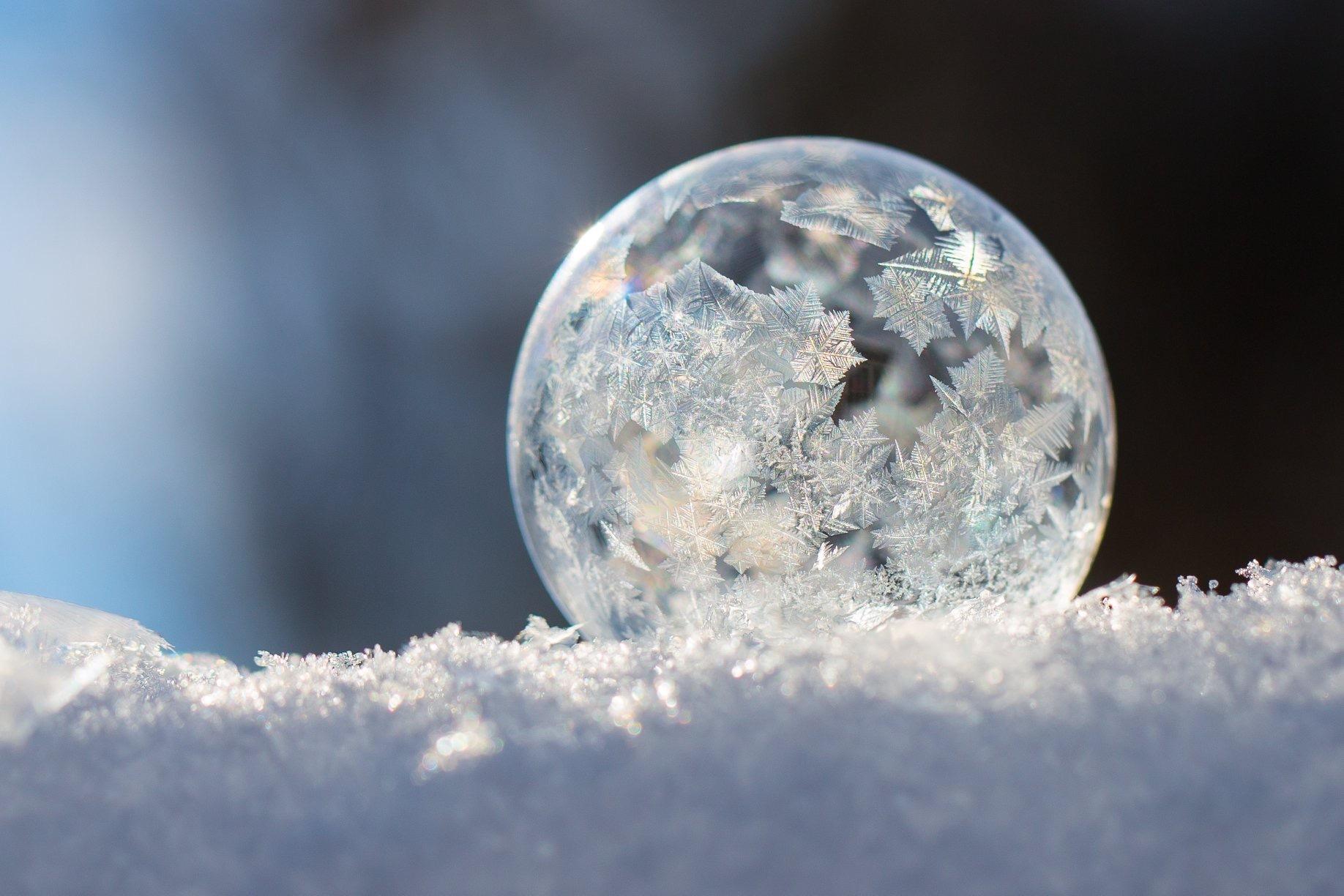 Frozen bubble by carmen.arrigo