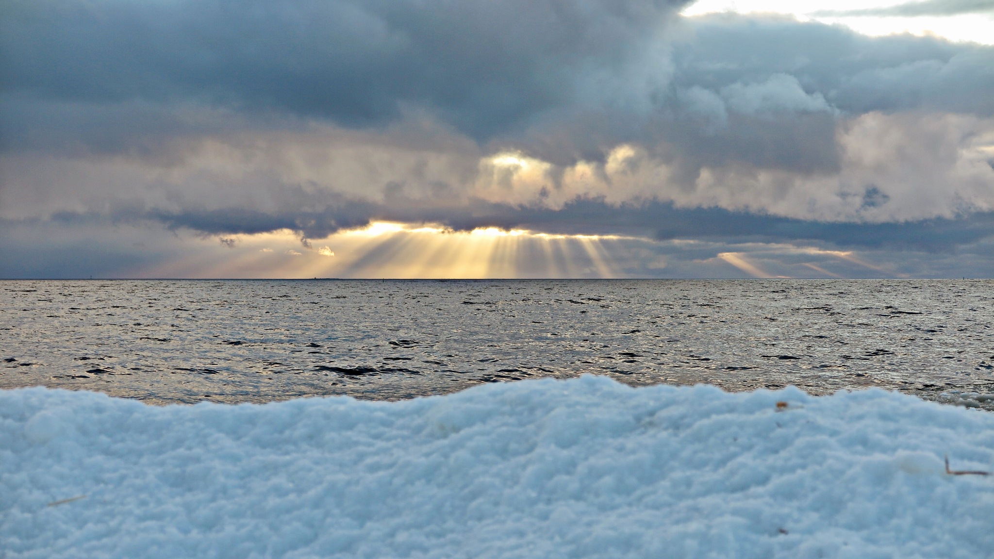 Seascape.... by L.Fredrik.B