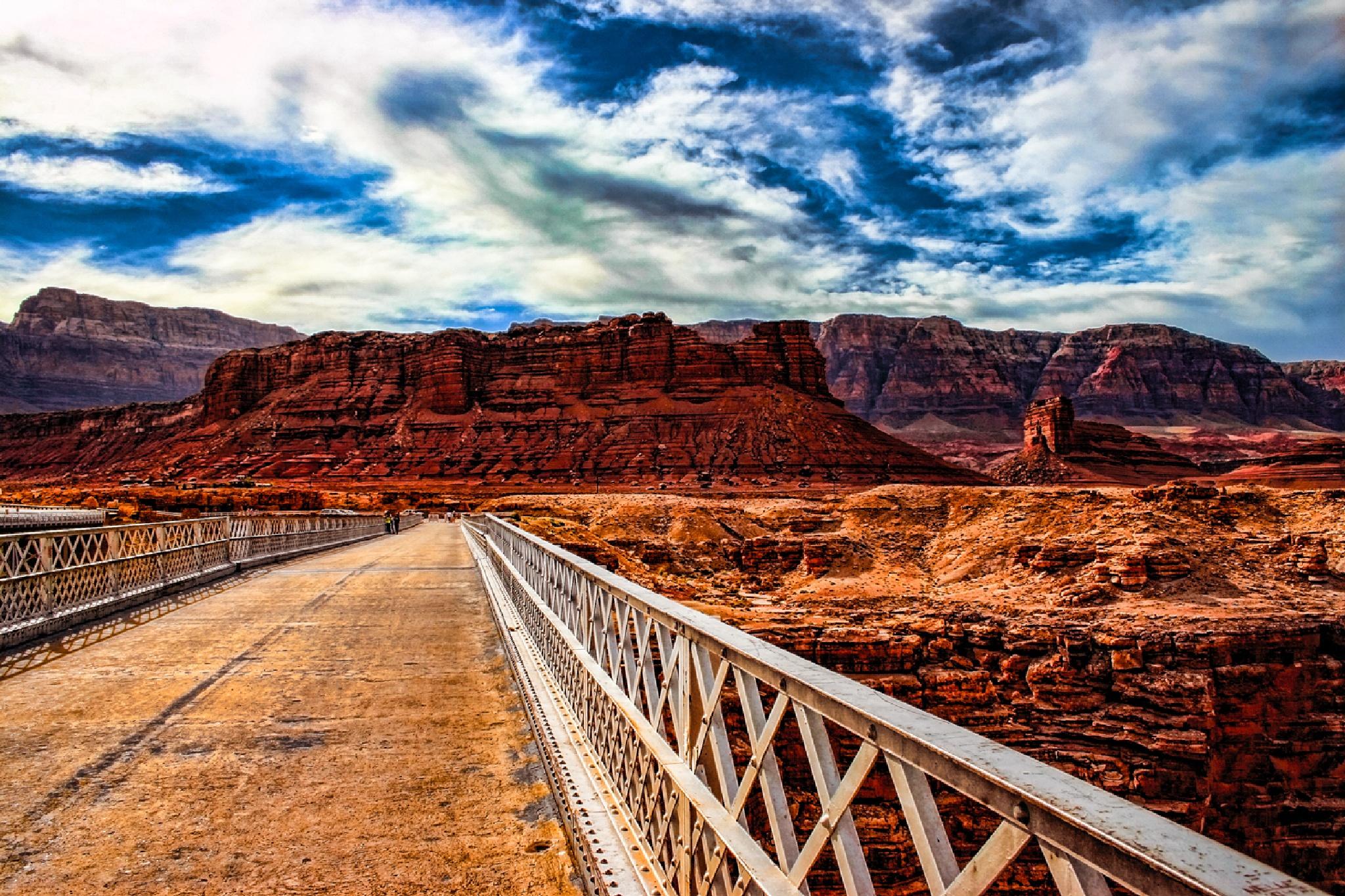 Navajo Bridge by Gene Linzy