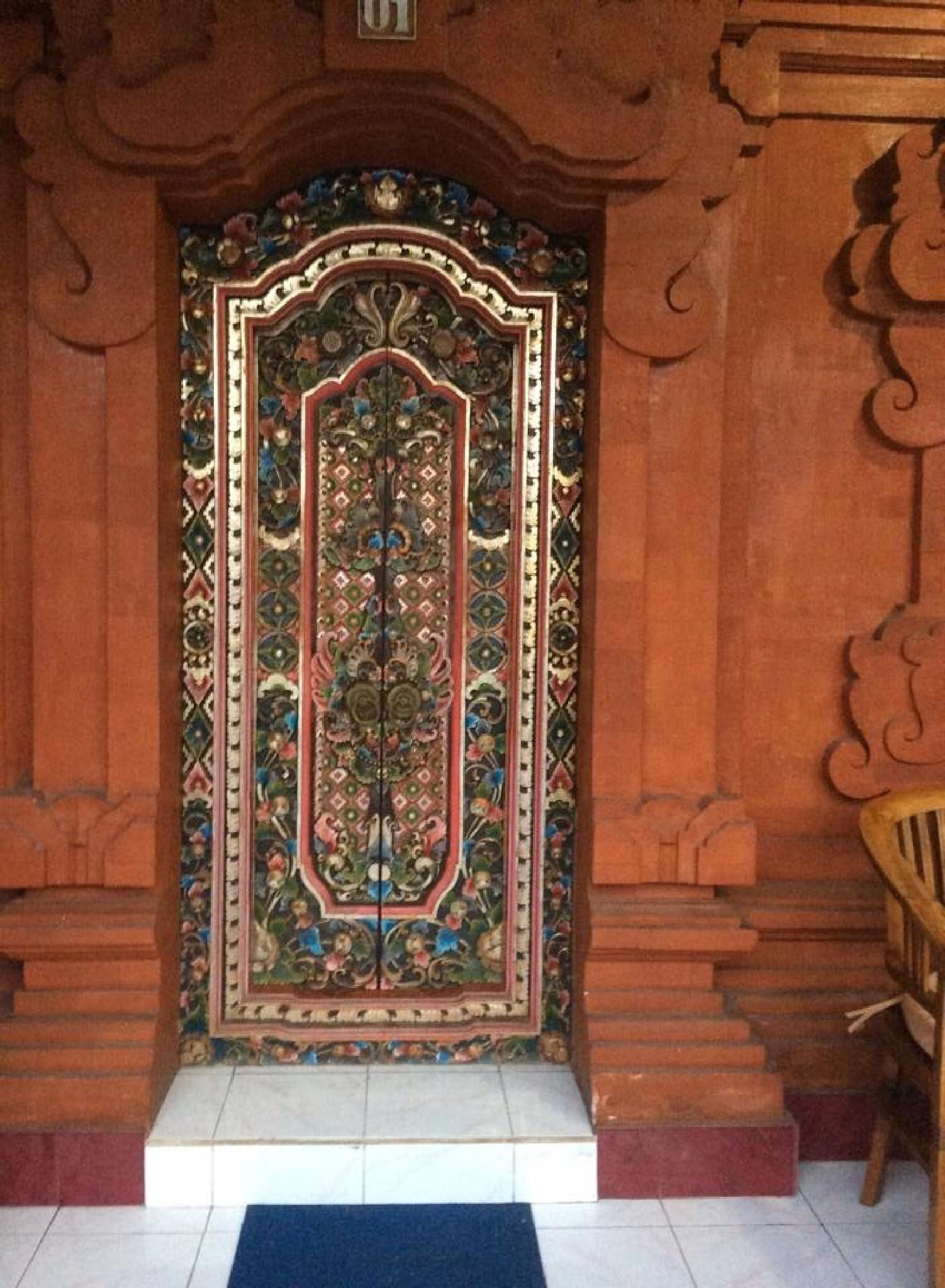 A Balinese traditional door by johnny.kariono