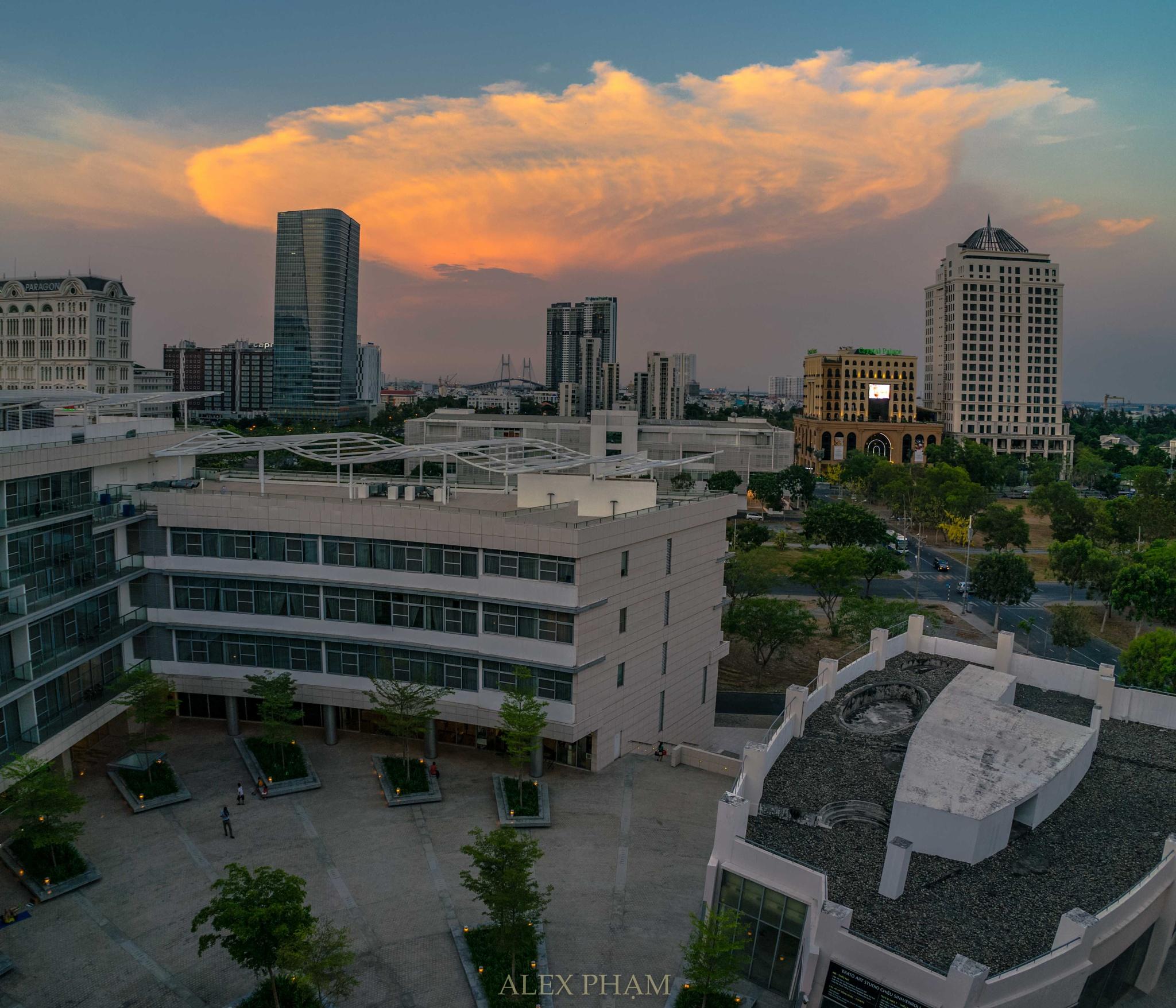 Sunset in my city by Alex Pham
