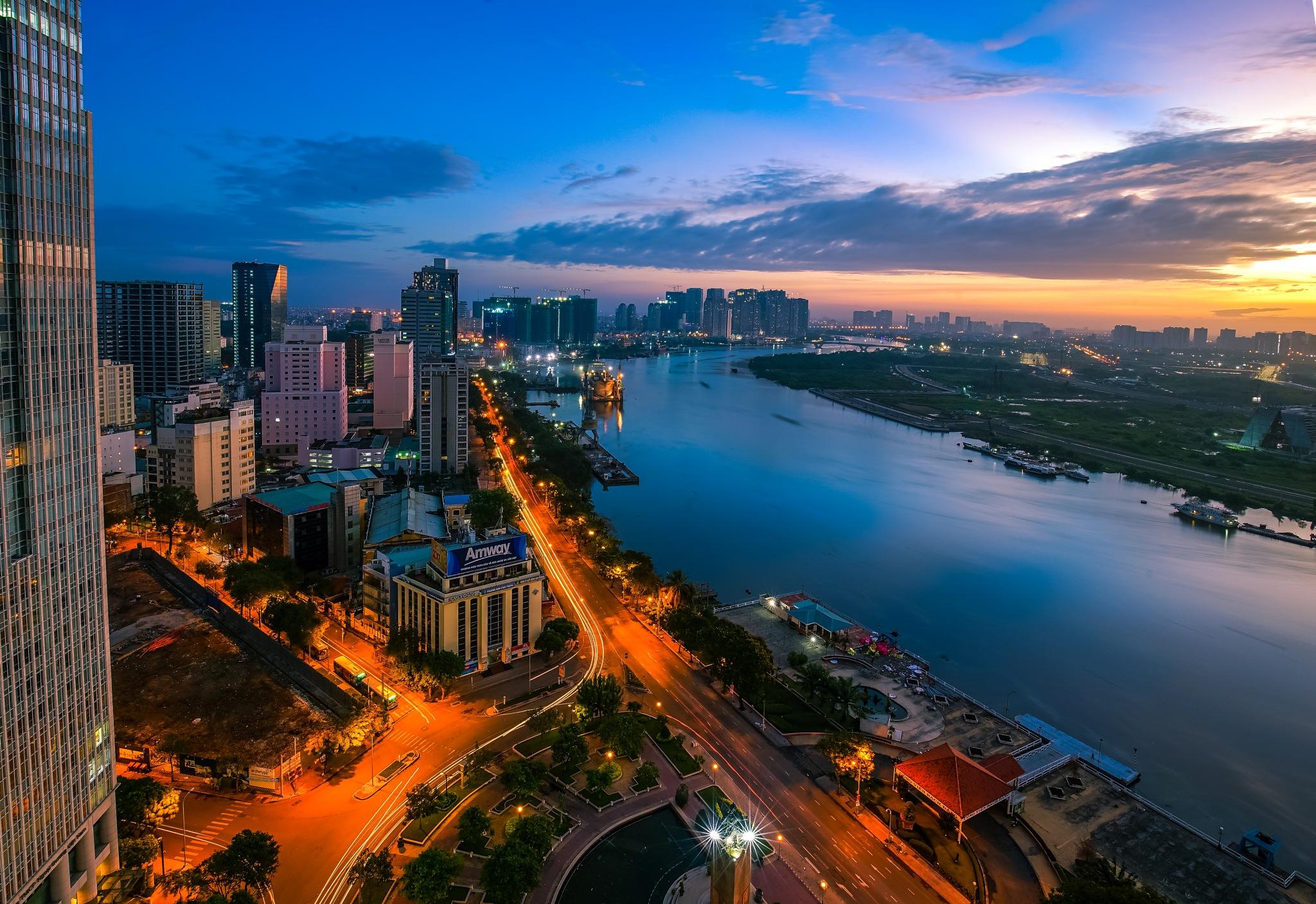 Sunrise in my city by Alex Pham