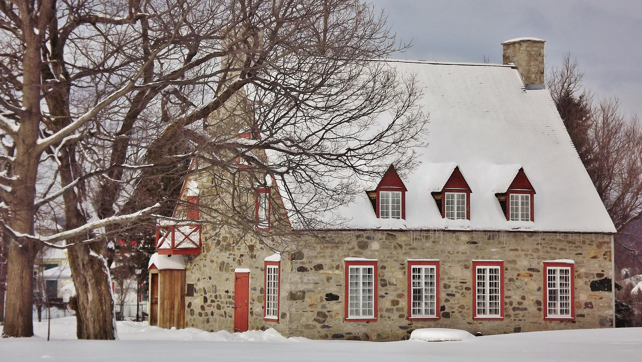 Old house à Deschambault by real.michaud.5036