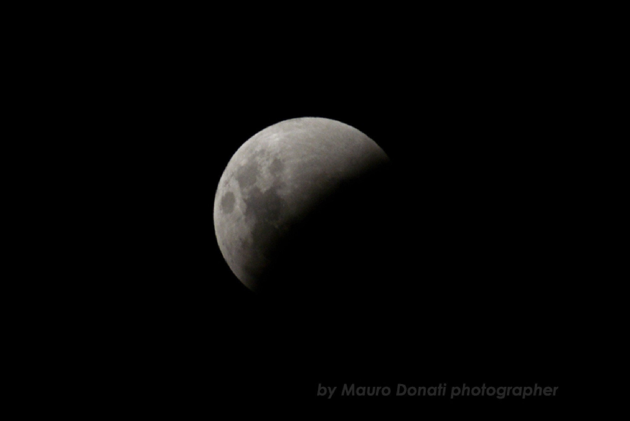 Moon Eclipse by maurodonatifotografo