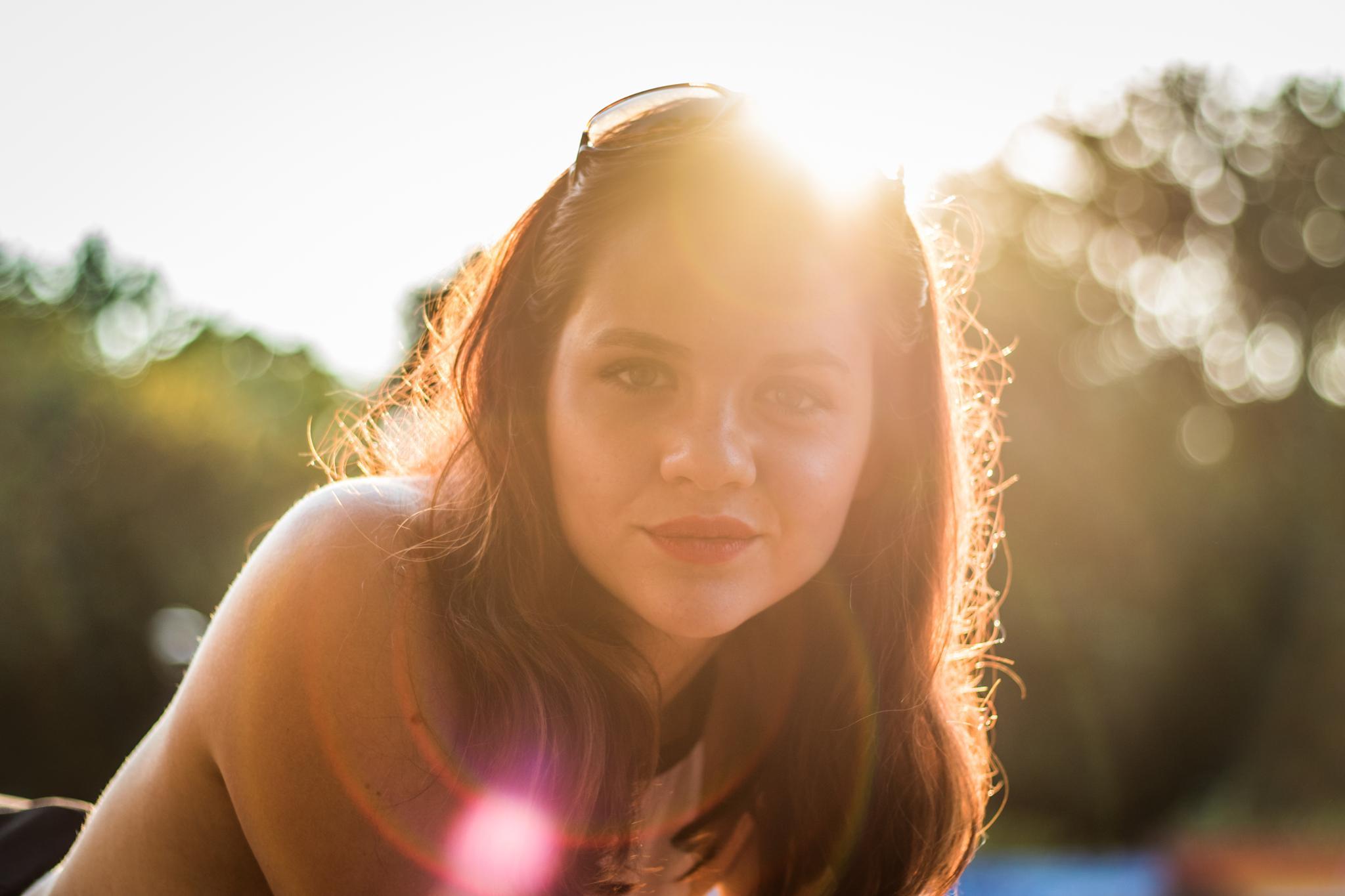 Sunny Girl by fleosphoto