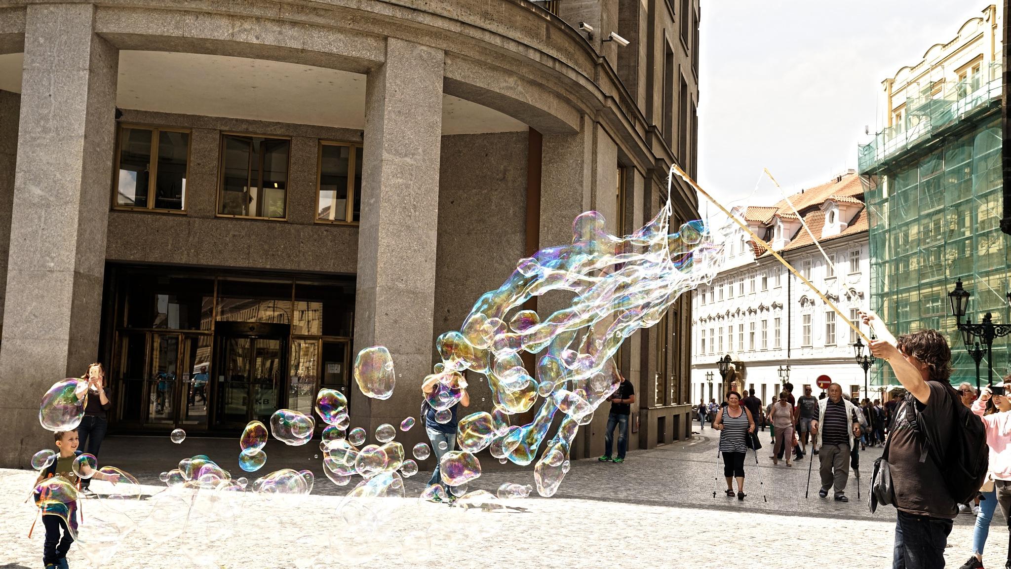 Bubble Show by Blackhawk