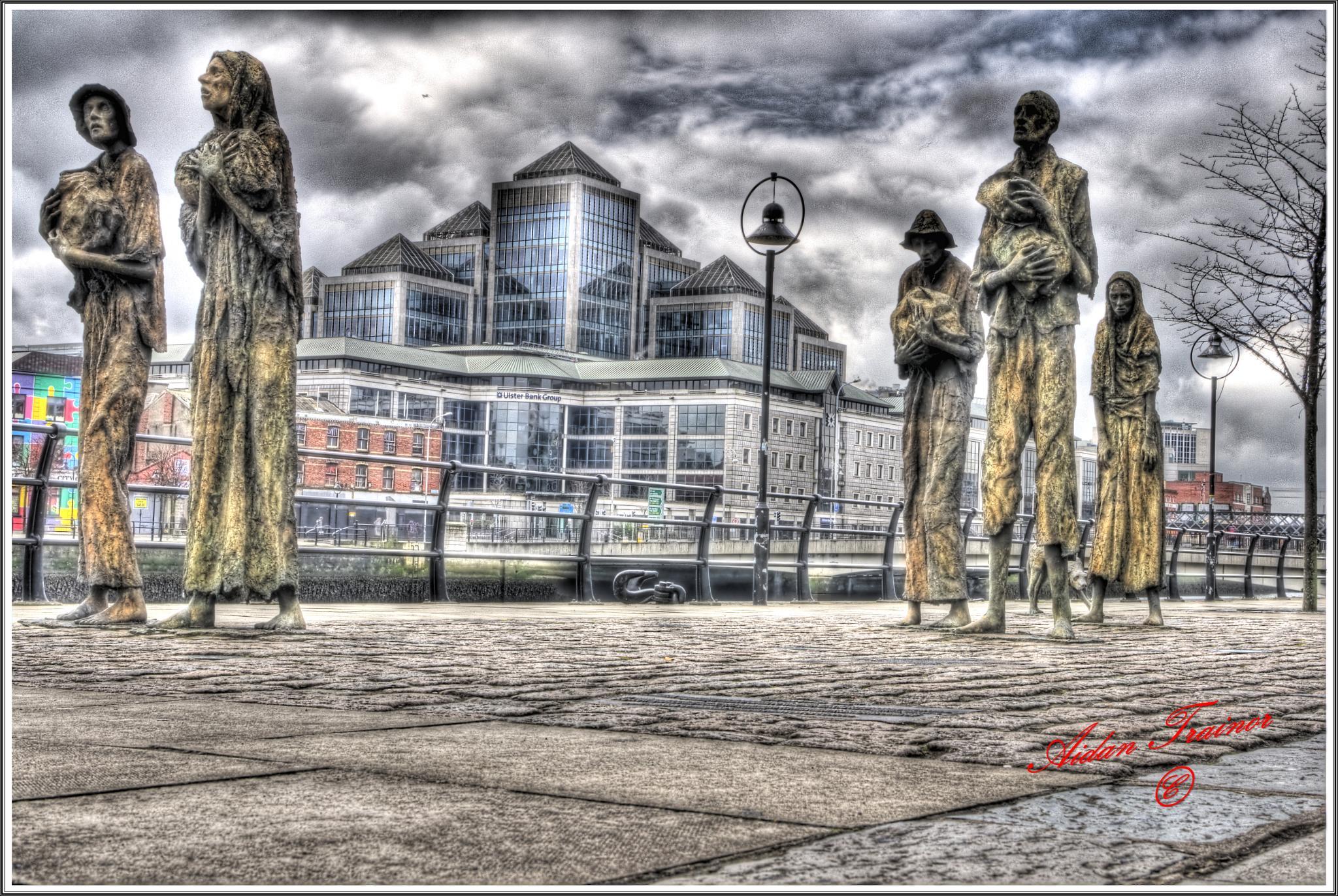 Famine memorial Dublin by Hailceaser