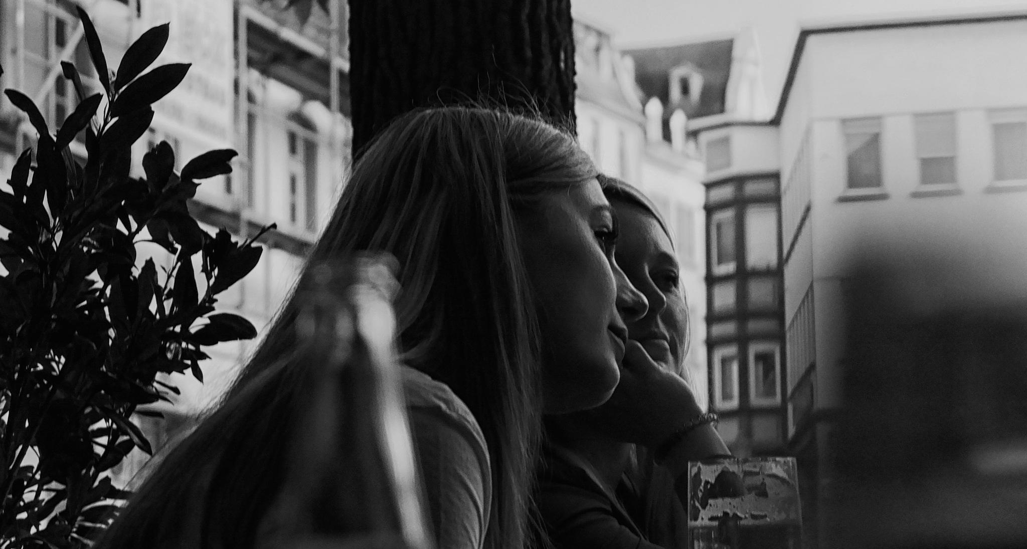 8990_bw by Jan Degen