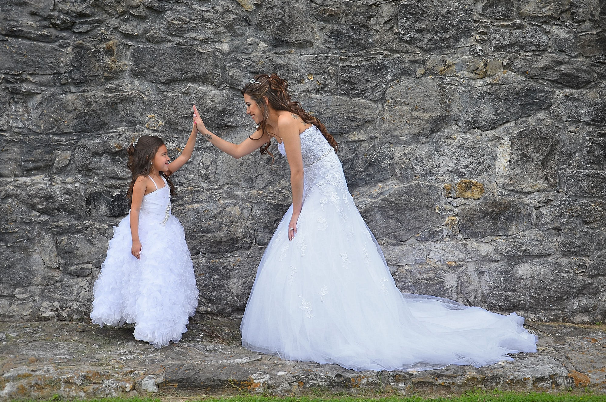 Bride & Daughter High Five by ray.alström