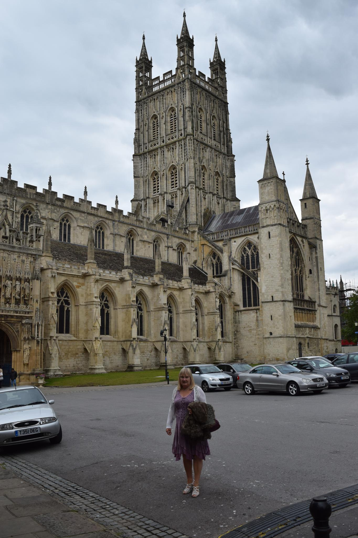Gloucester Cathedral by Gwynboyo