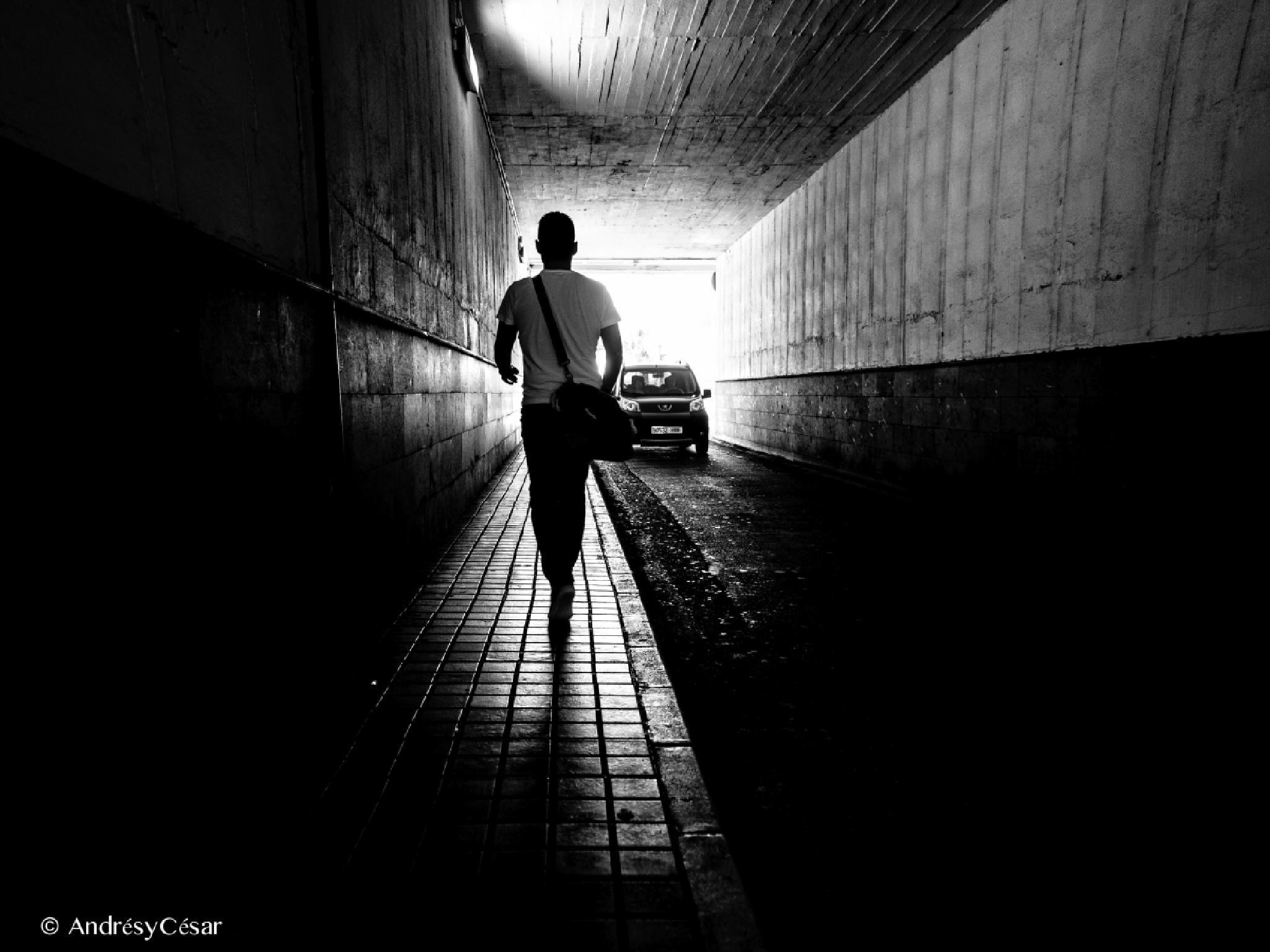 El túnel by AndrésyCésar