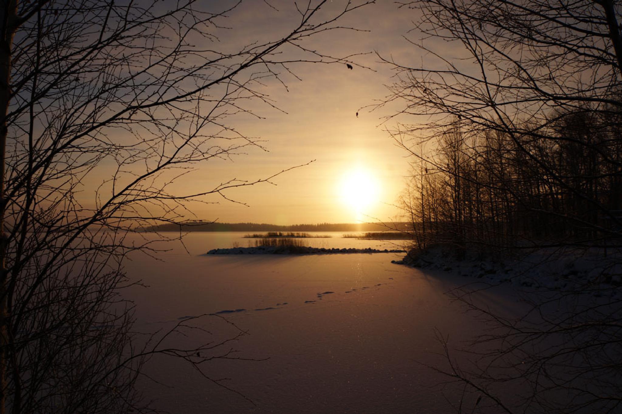 Frozen lake -21 celsius by AnnSoul