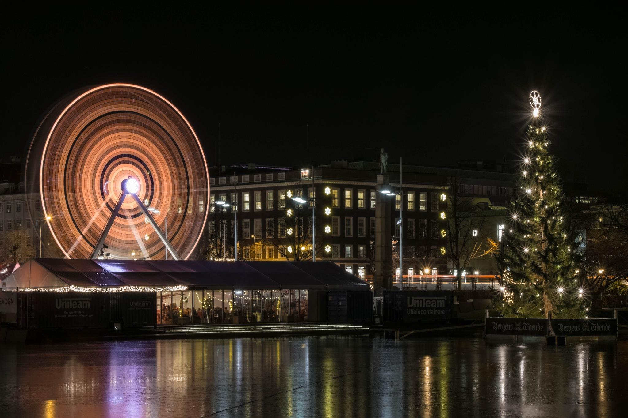 Pariserhjul, Bergen by MjollnirMacAlba