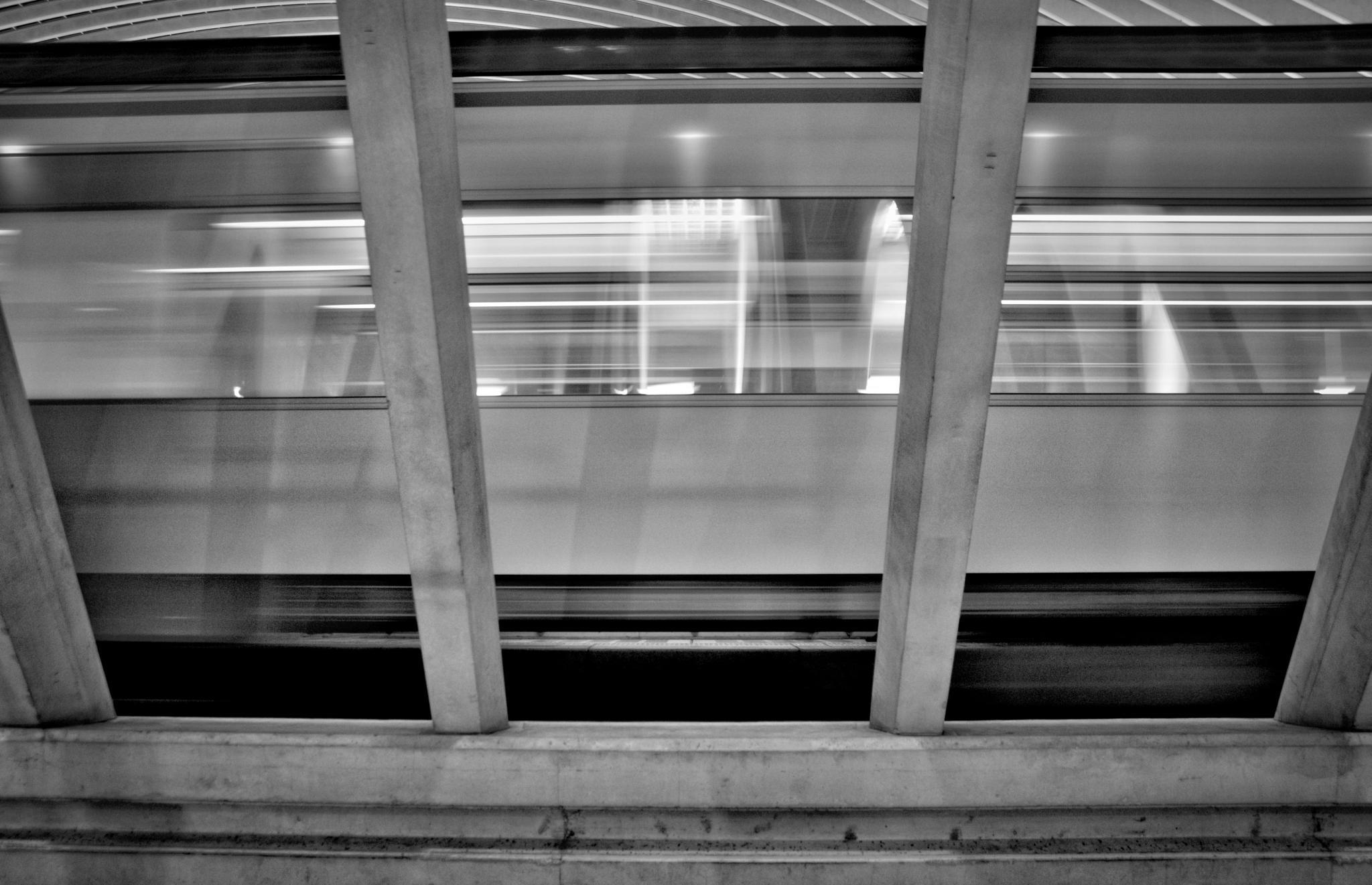 Train passing by HaraldMeert