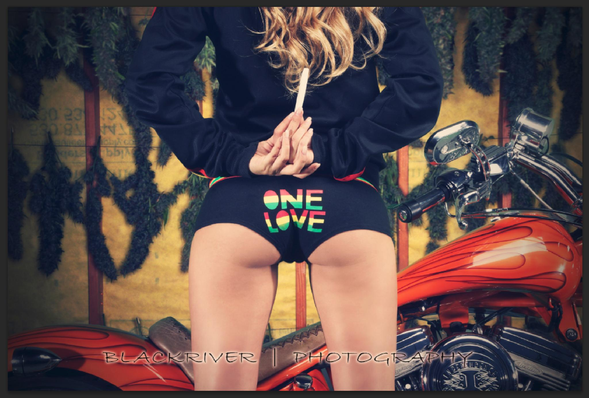 One Love by BLACKRIVER photography