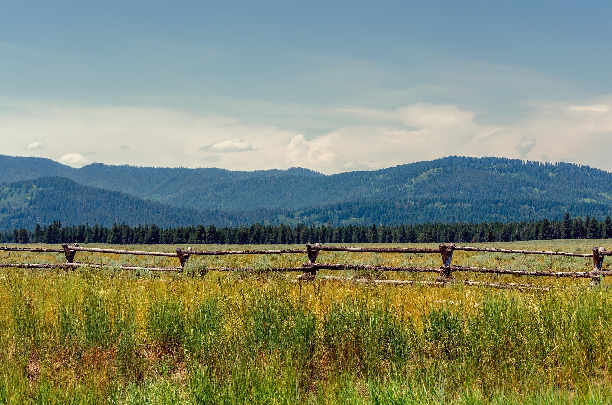 Somewhere around Wyoming by ßerenice