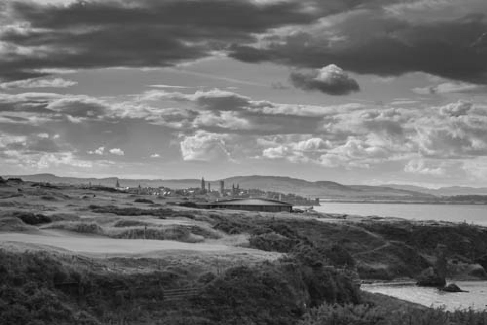 St Andrews Castle Course by MarkThorpe