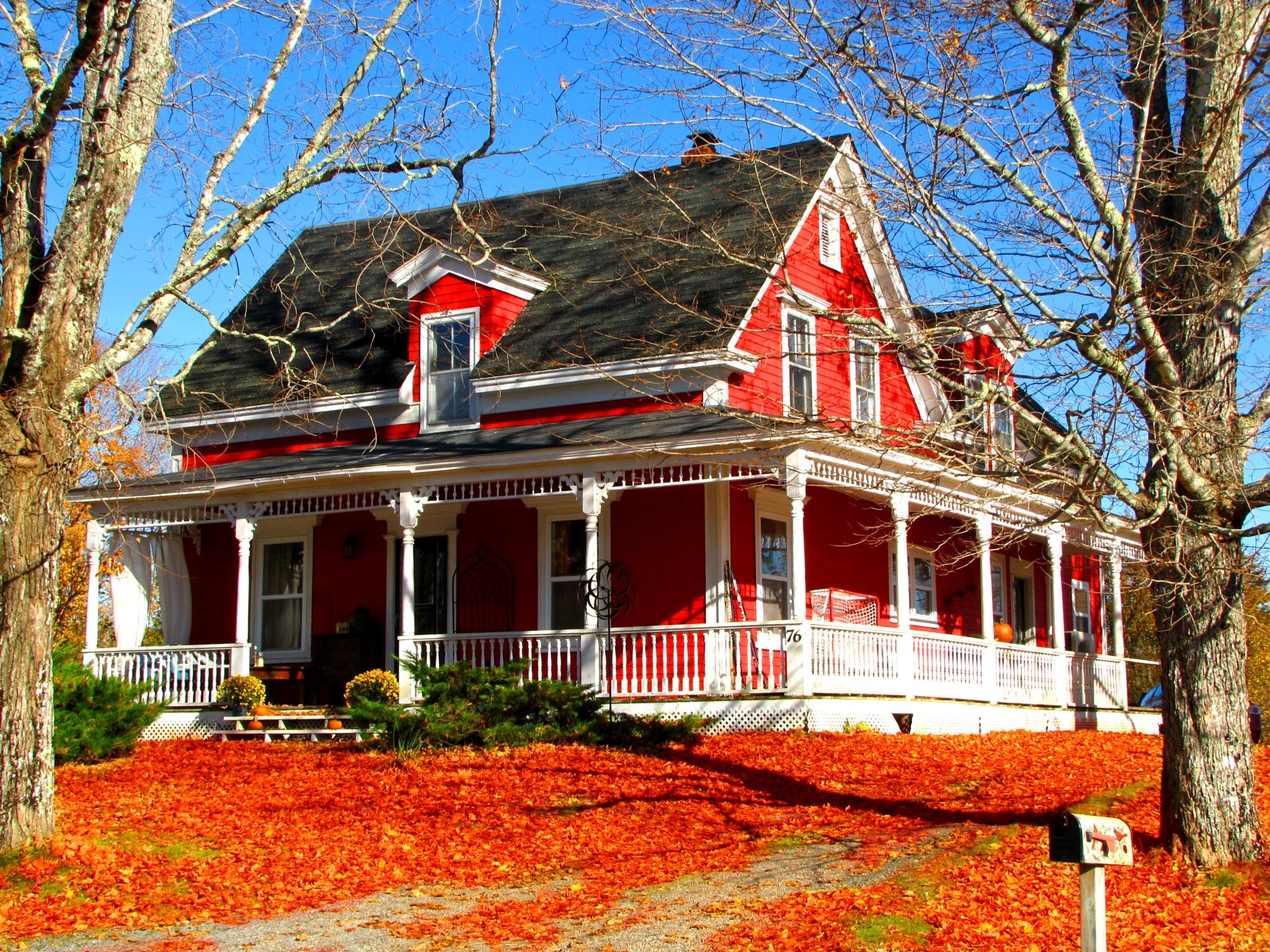 Autumn House by crow eddy