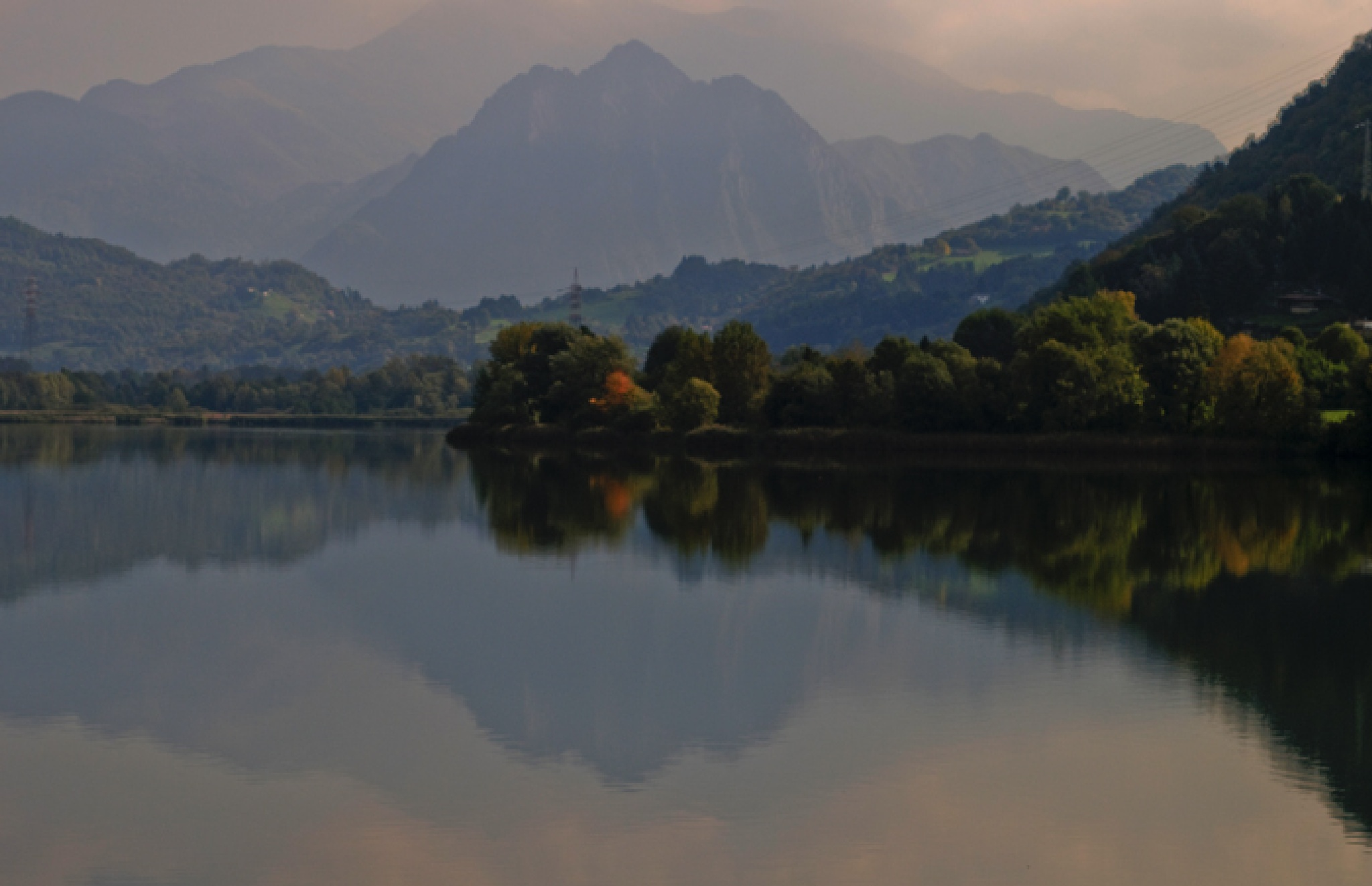 Reflexions on lake Endine. by antónio costa