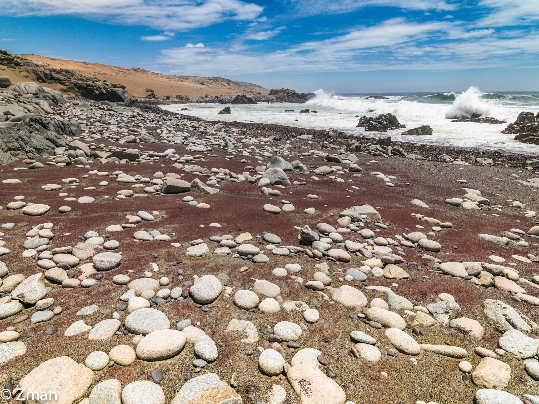 Pebble Skeleton Coast by muhammad.nasser.963