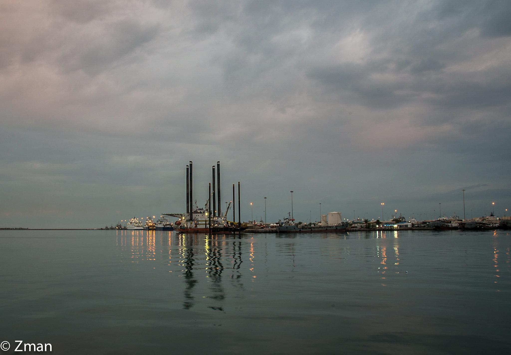 Oil Rig At Port by muhammad.nasser.963