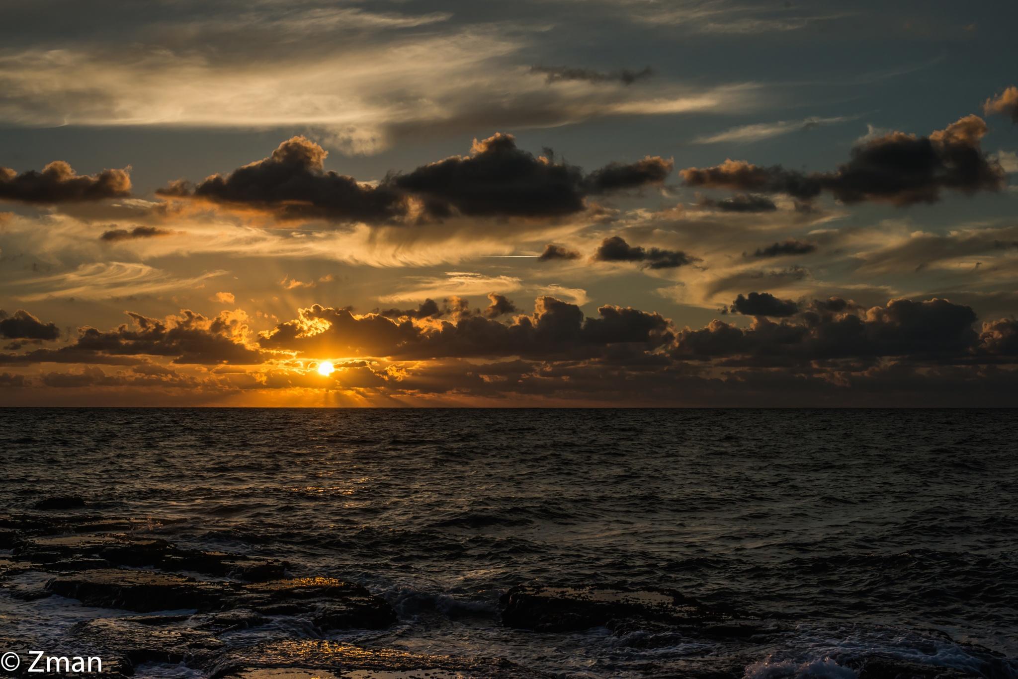 Golden Sunset by muhammad.nasser.963