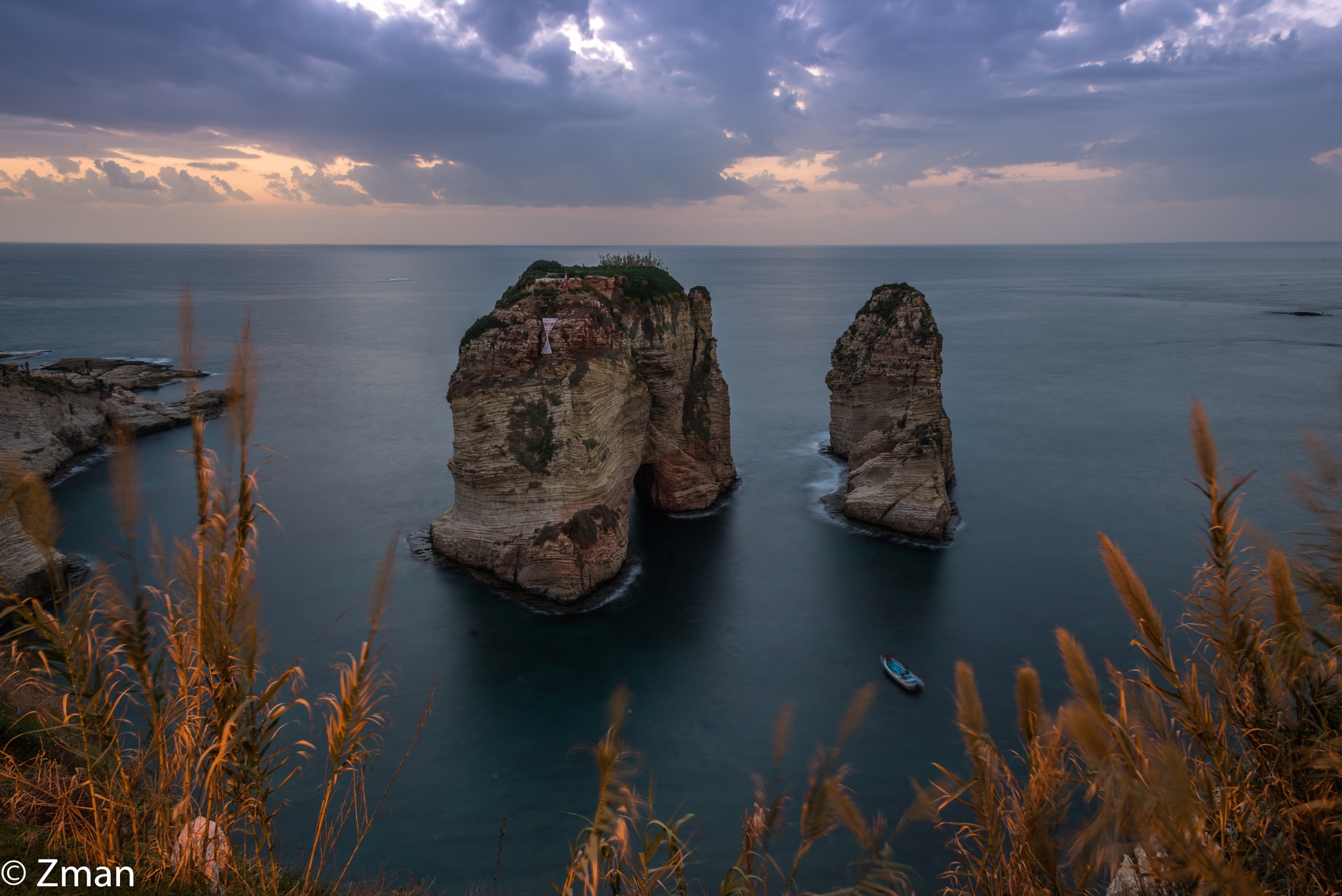 Al Raoushe The Pigeon Rock by muhammad.nasser.963
