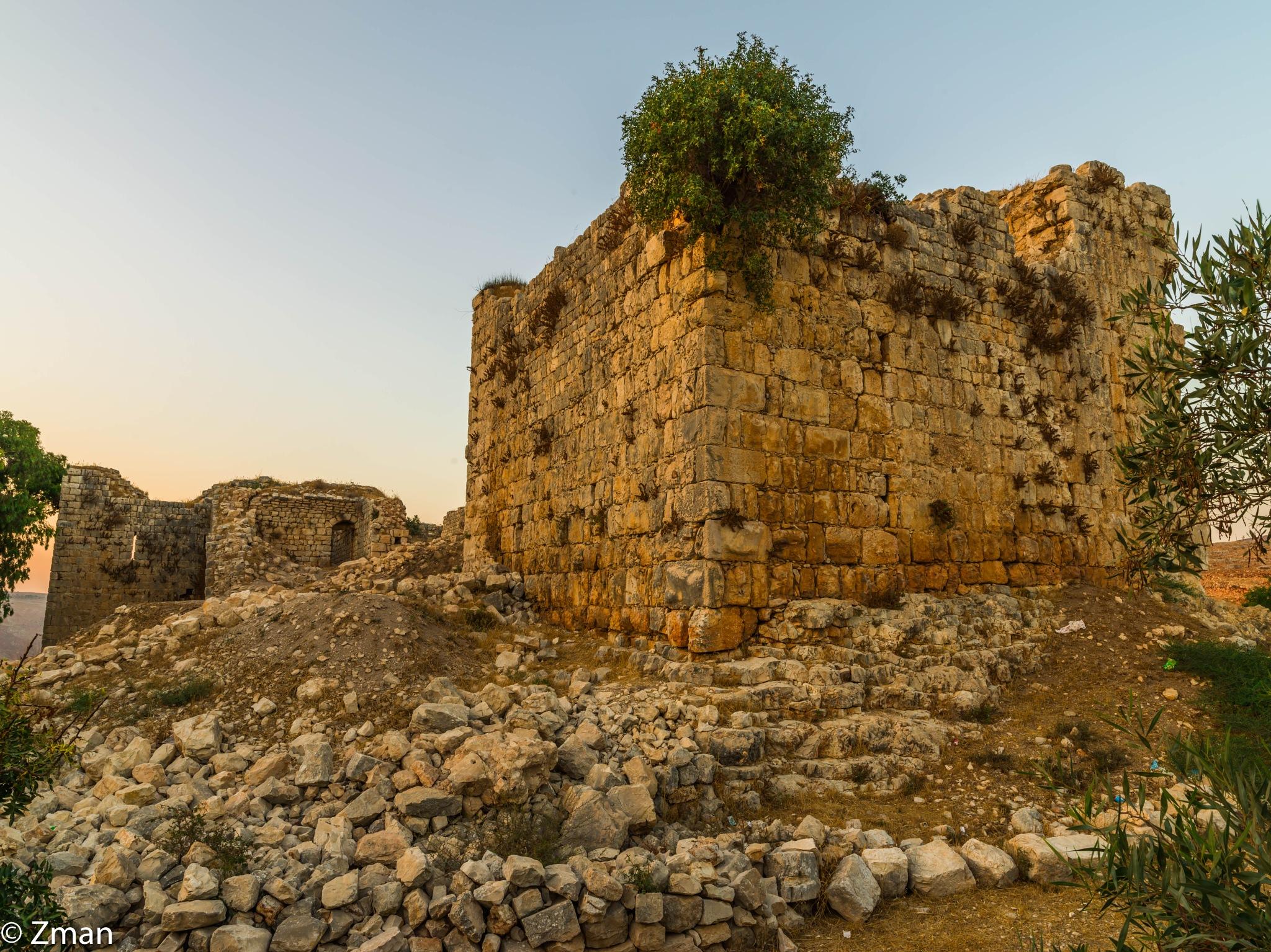 Doubyie Castle Ruins by muhammad.nasser.963