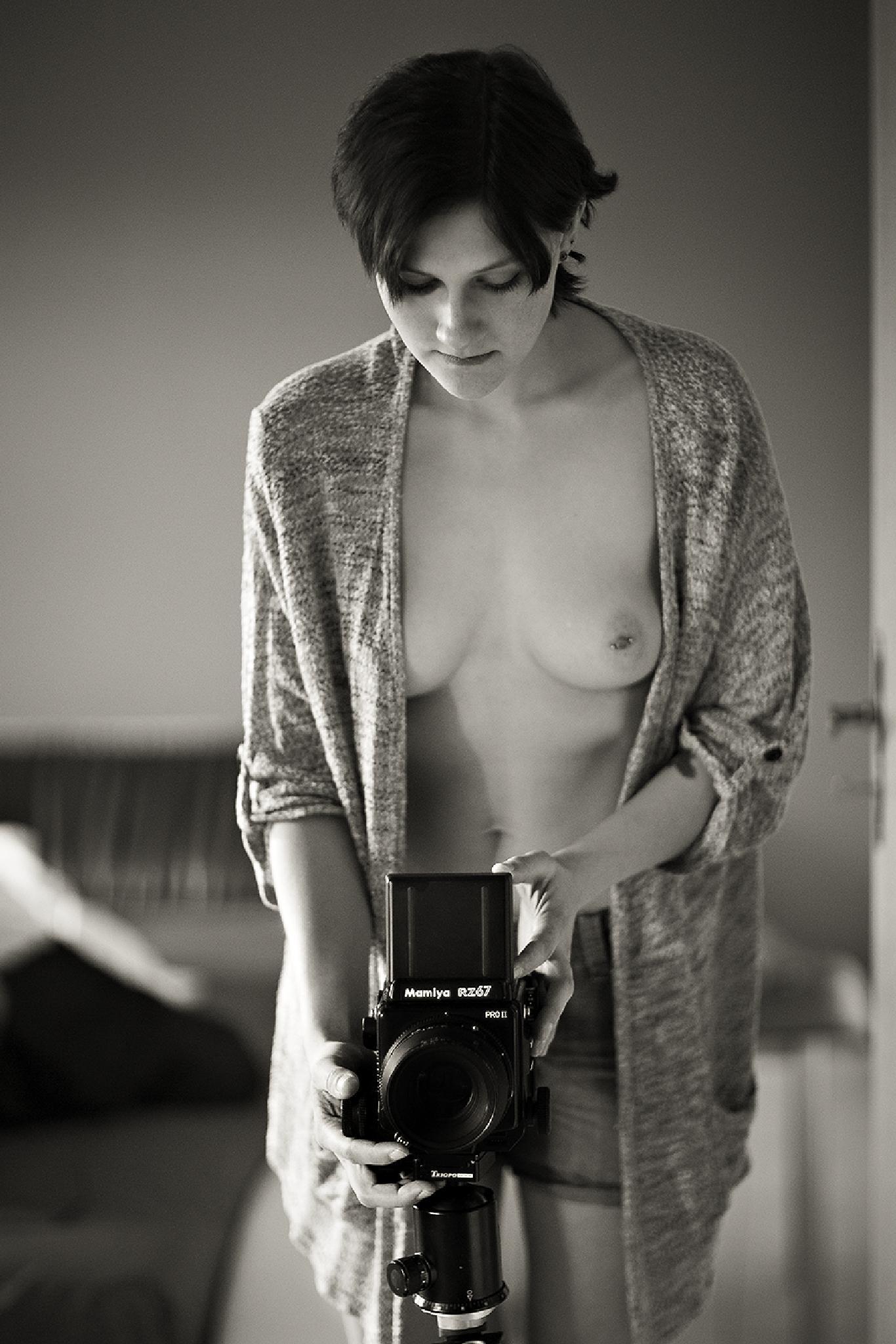Sexy photographer by BerndKinghorst
