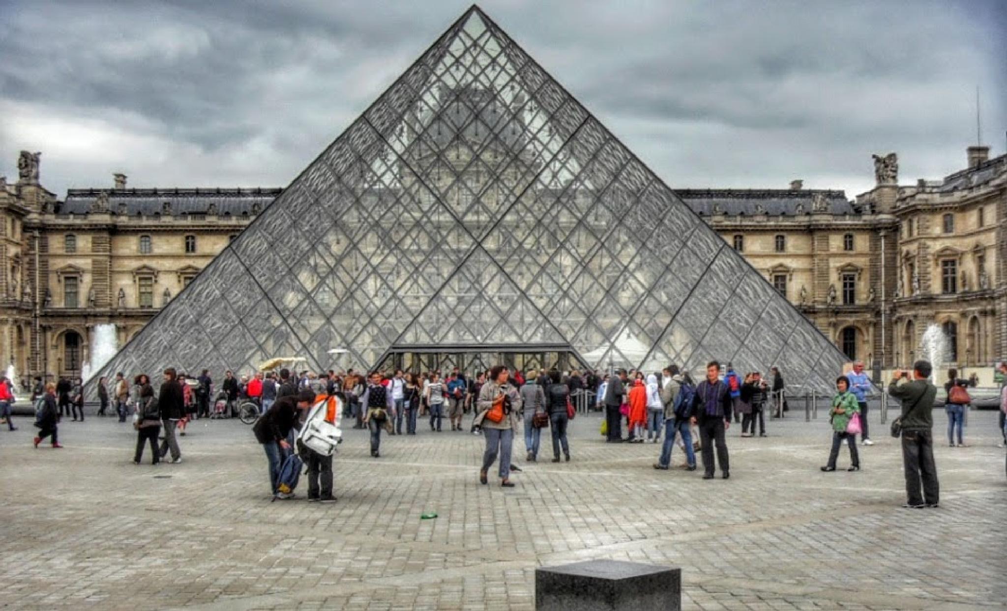 Paris Capital da França by nilsonpilao