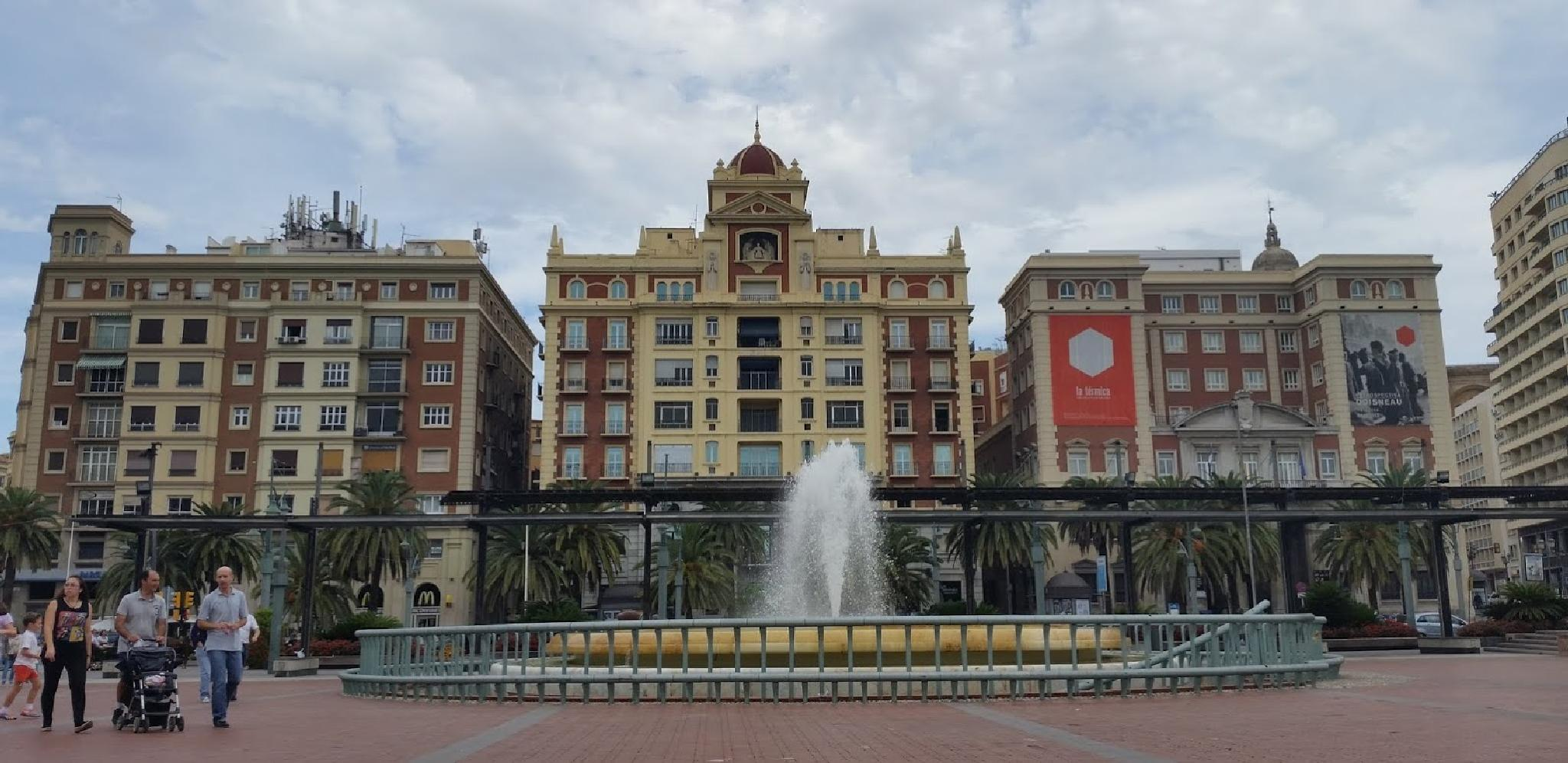 Plaza de la Marina by nilsonpilao